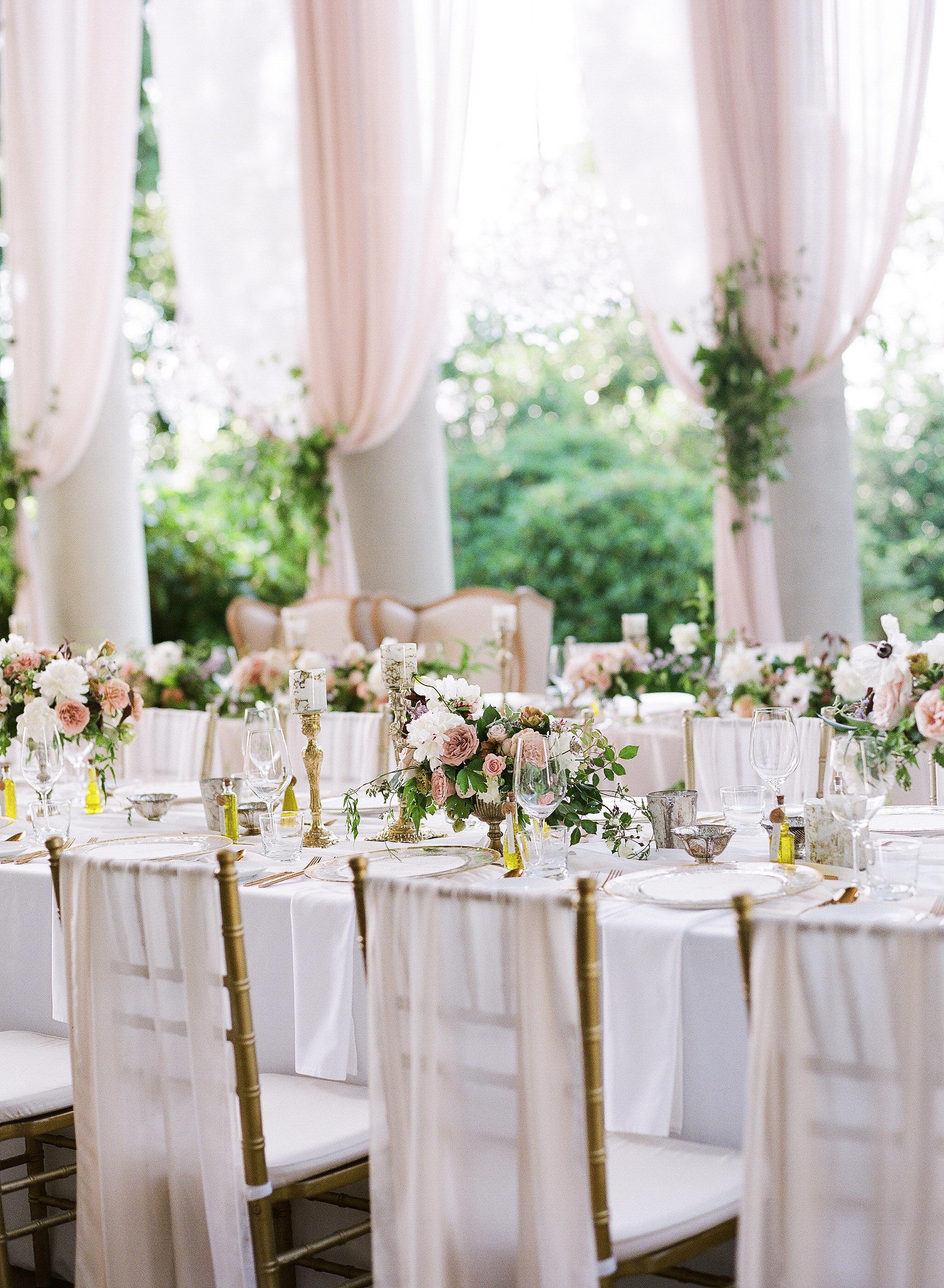 gloria zee wedding reception plates chairs centerpieces