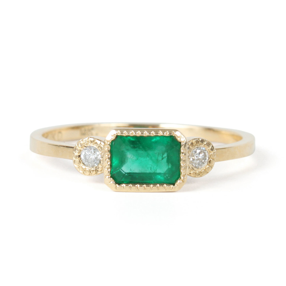 green three stone ring
