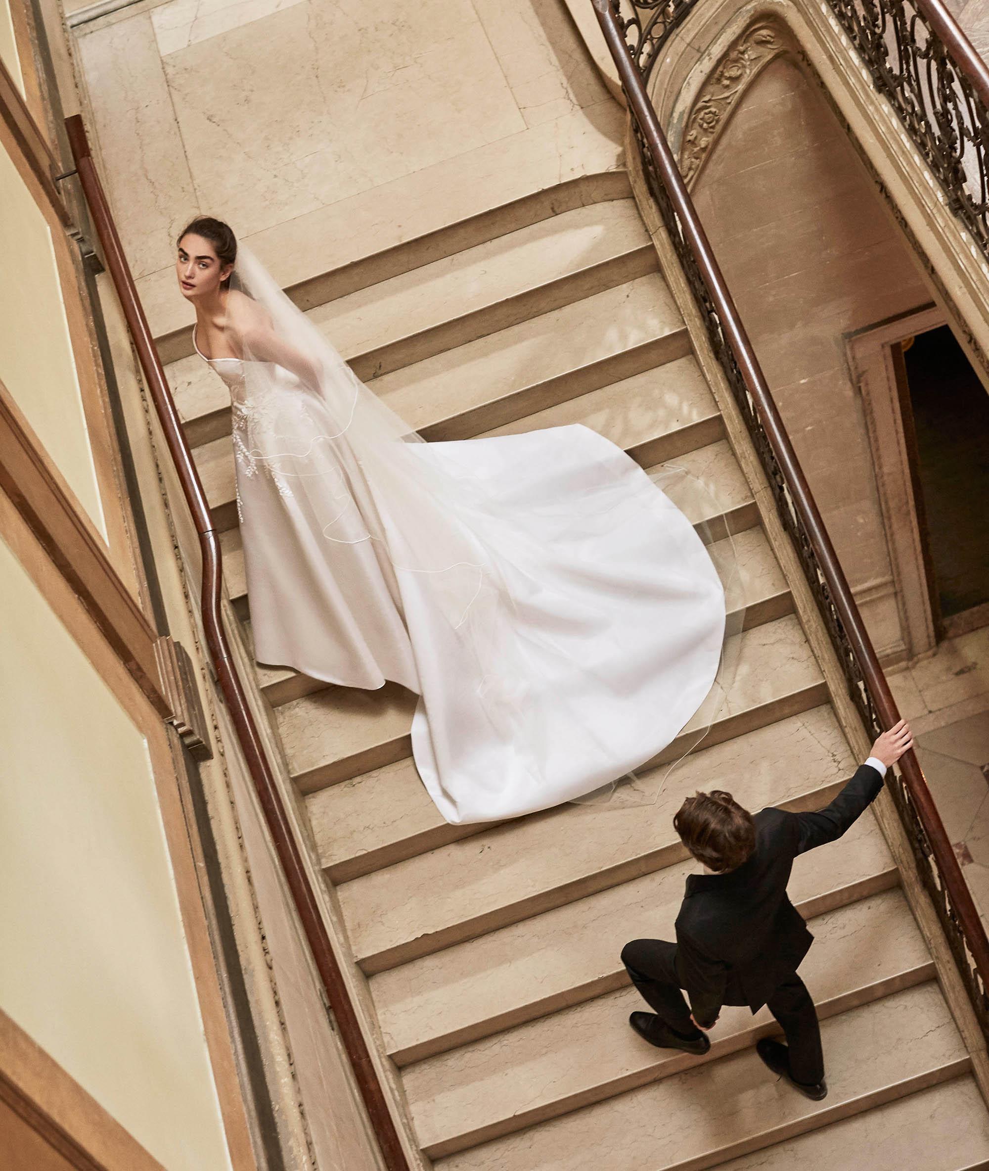 Carolina Herrera wedding dress spring 2019 sweetheart strapless ballgown