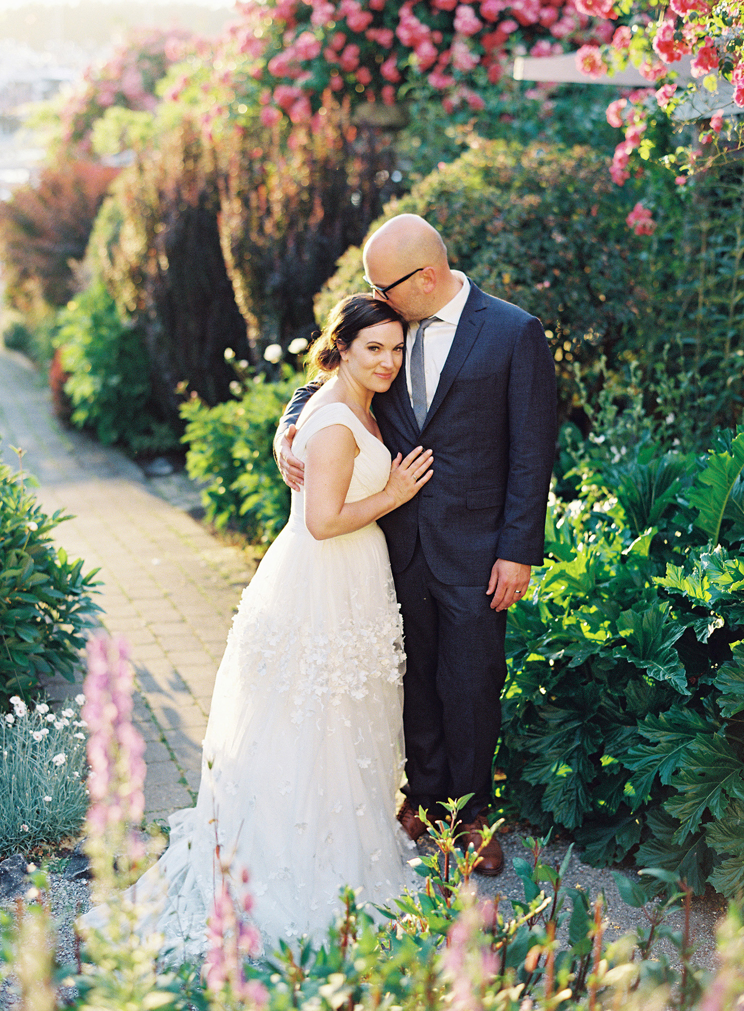 cassandra jason wedding couple on garden pathway