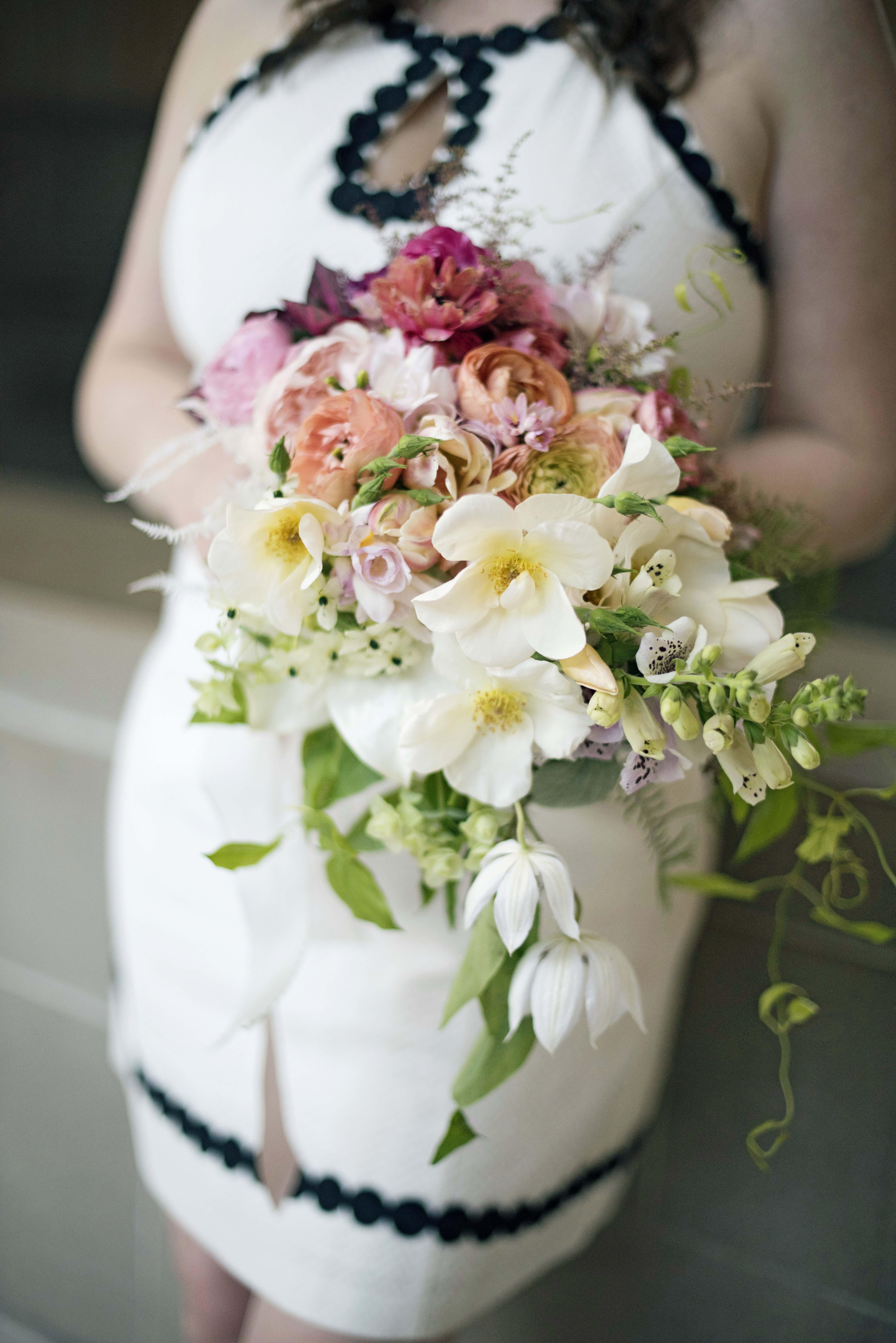 modern wedding ombre bouquet