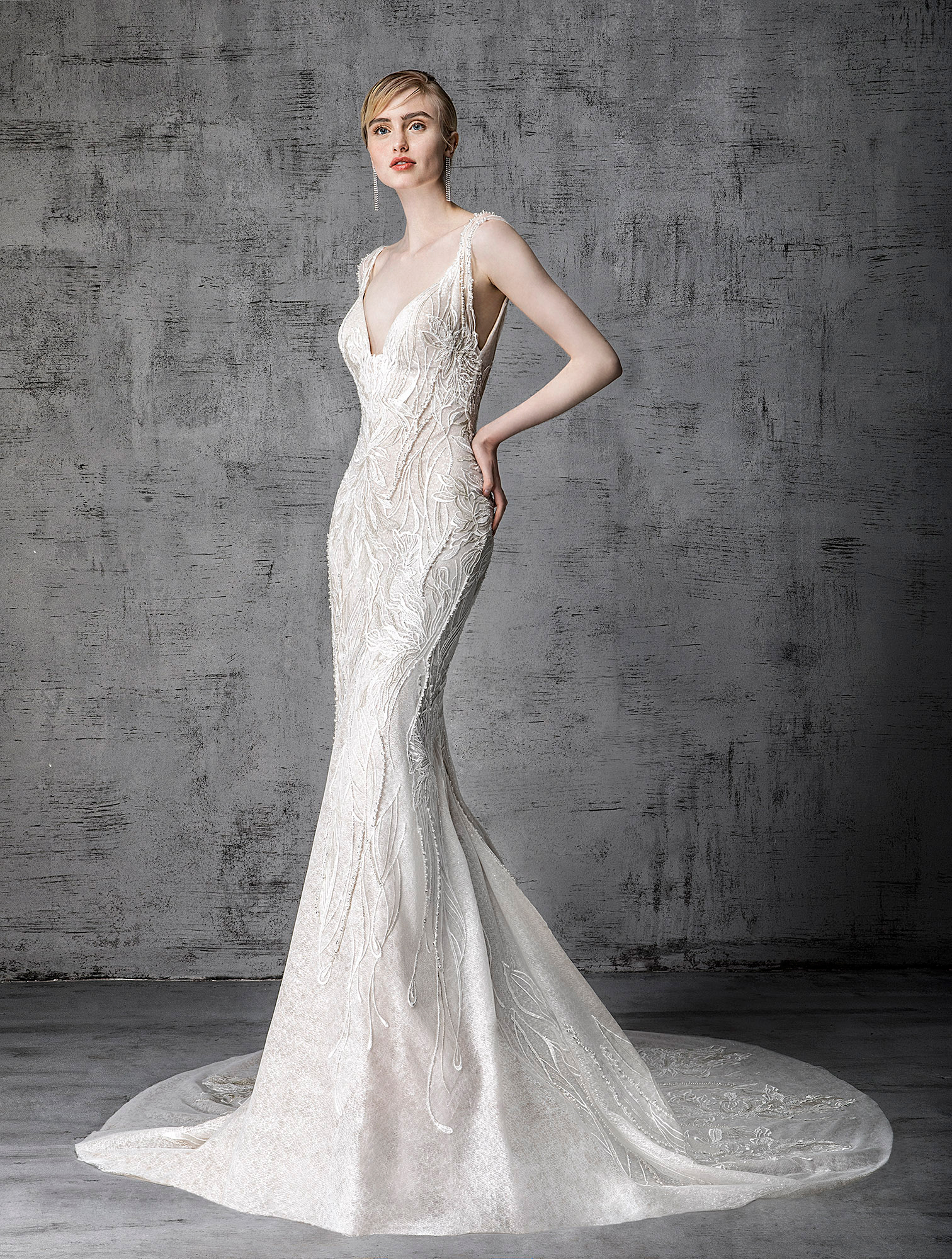 victoria kyriakides wedding dress spring 2019 lace embroidered trumpet