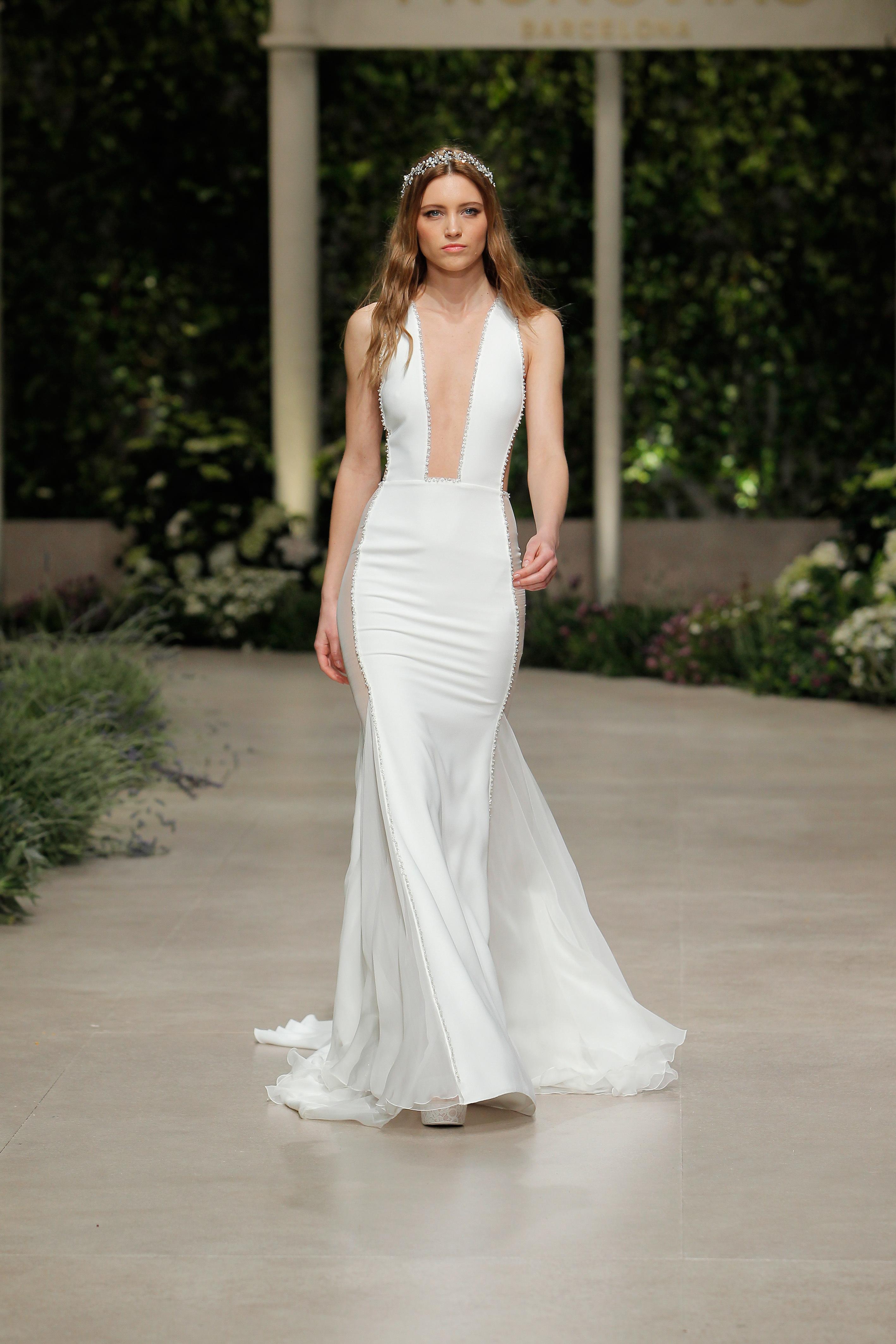 pronovias wedding dress spring 2019 square plunge neckline
