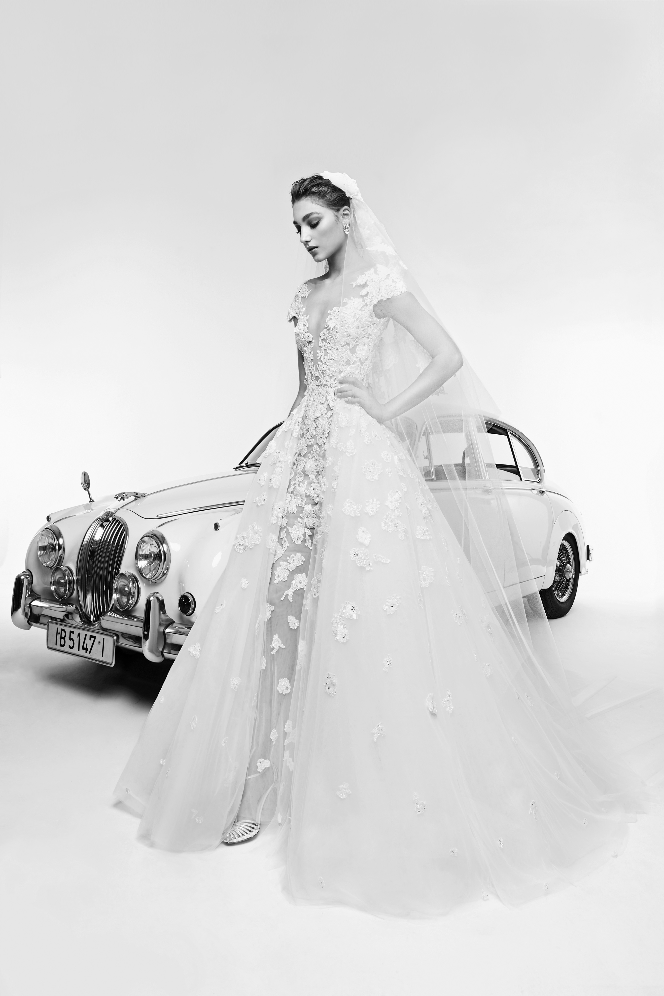zuhair murad wedding dress spring 2019 floral v-neck with veil