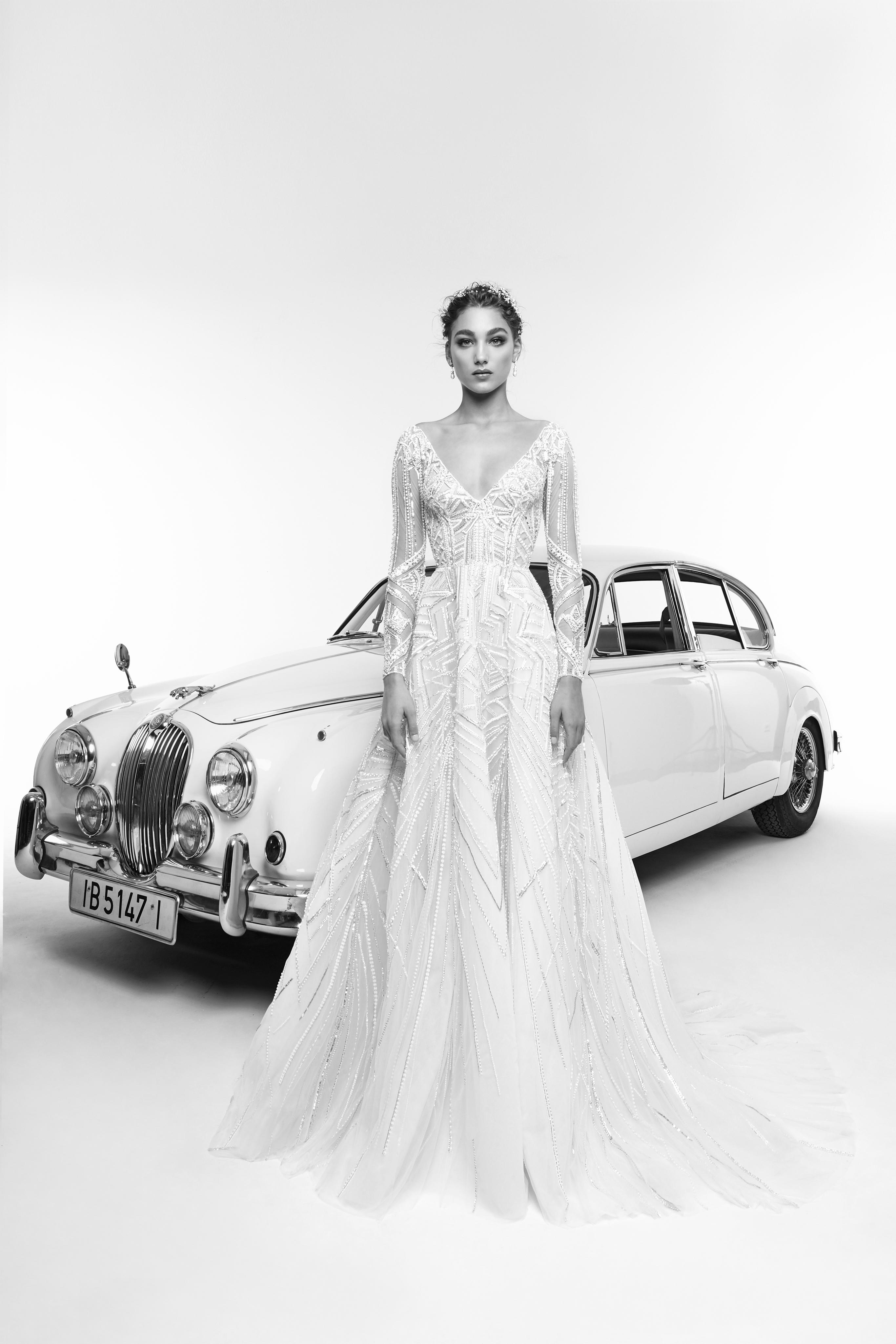 zuhair murad wedding dress spring 2019 v-neck a-line with long sleeves