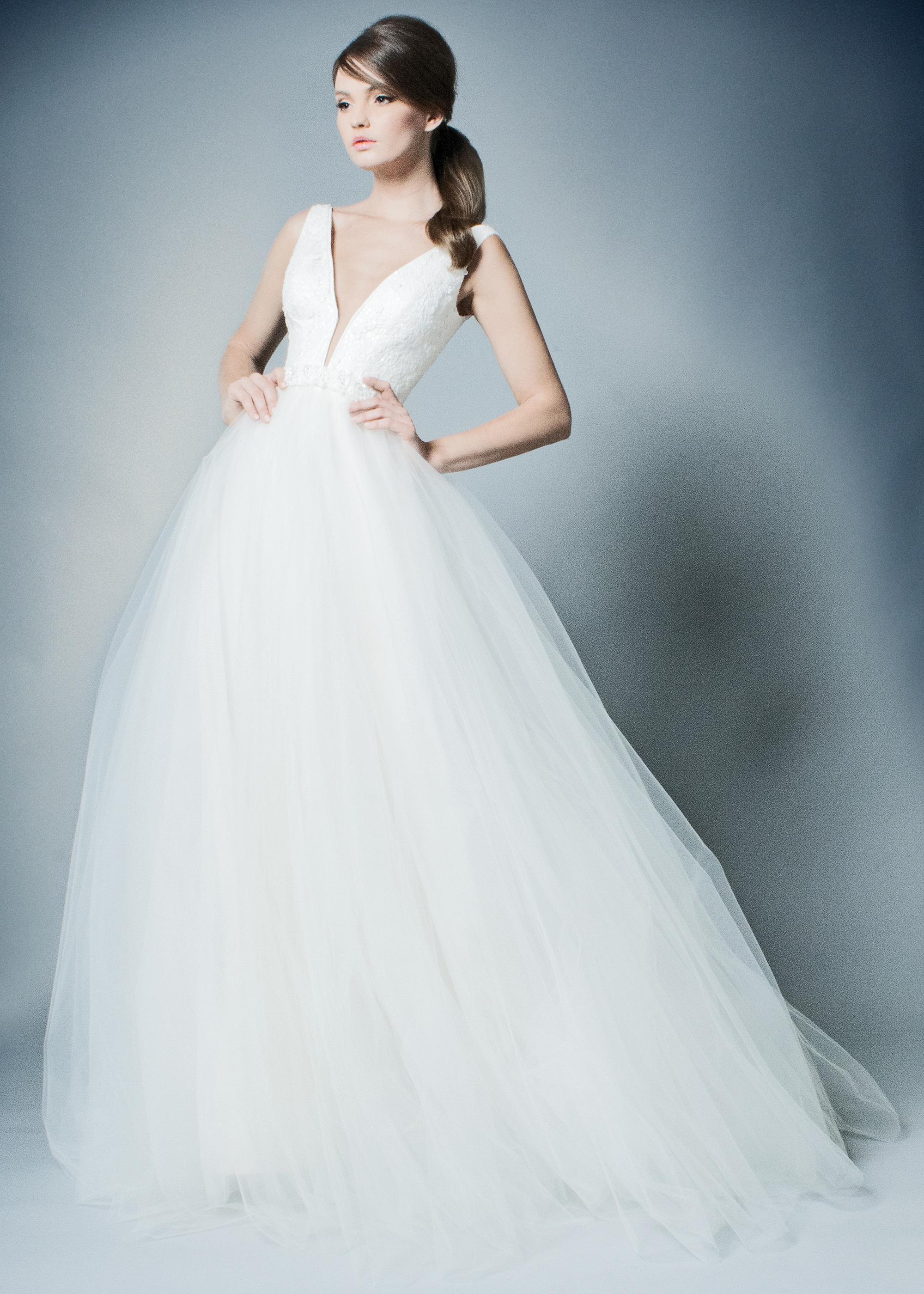 ROMONA New York Spring 2019 Wedding Dress Collection