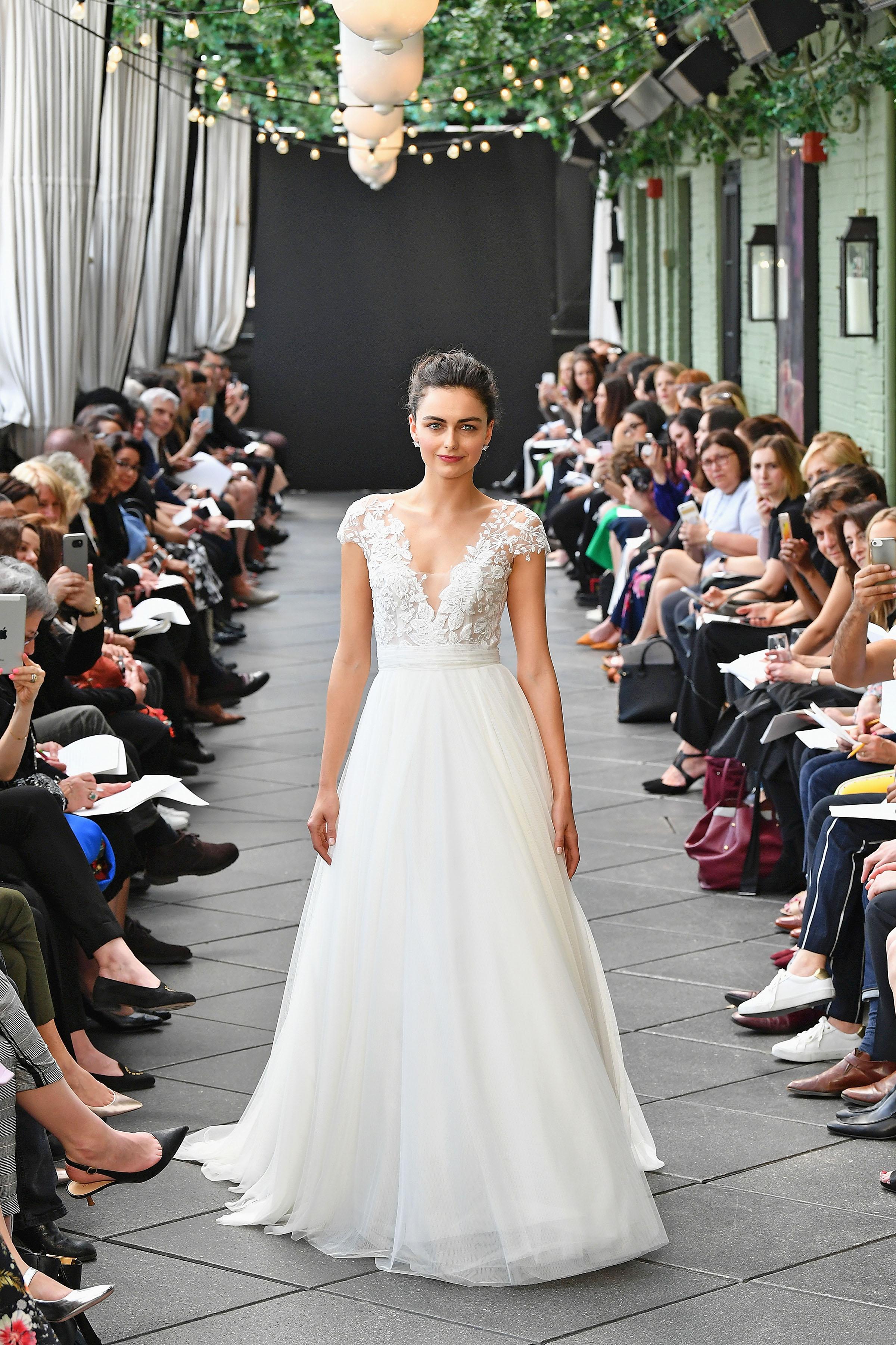 nouvelle amsale wedding dress spring 2019 floral v-neck