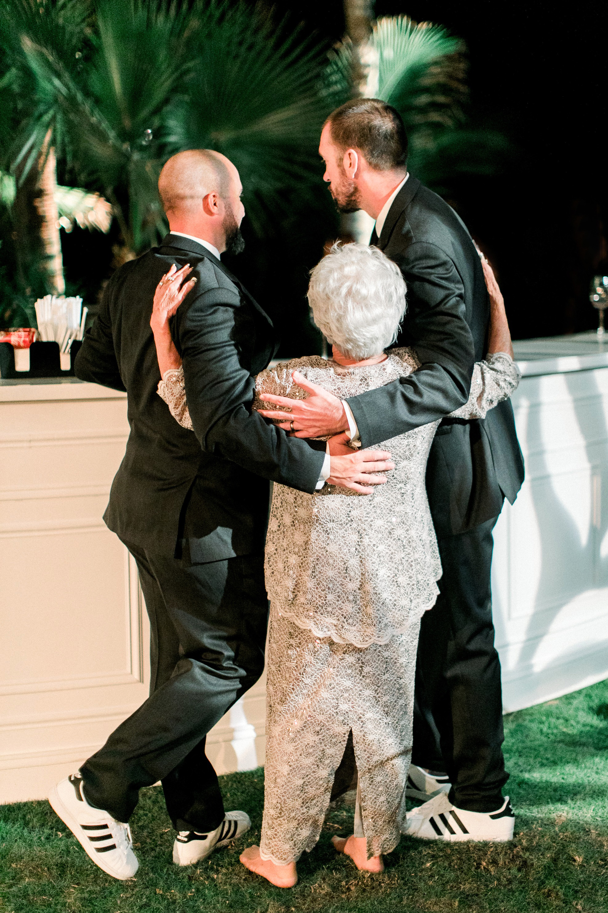 kourtney justin wedding mexico grandma bar