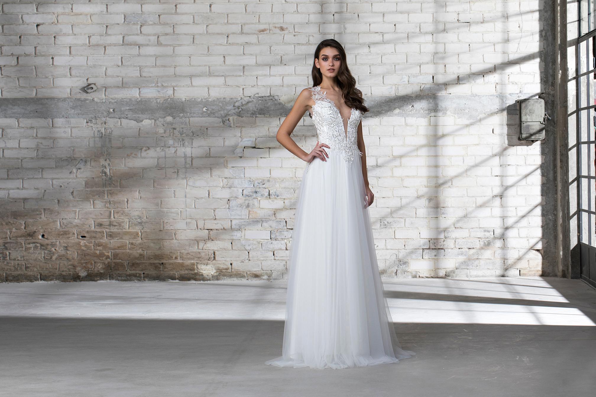 pnina tornai wedding dress spring 2019 tulle a-line deep v