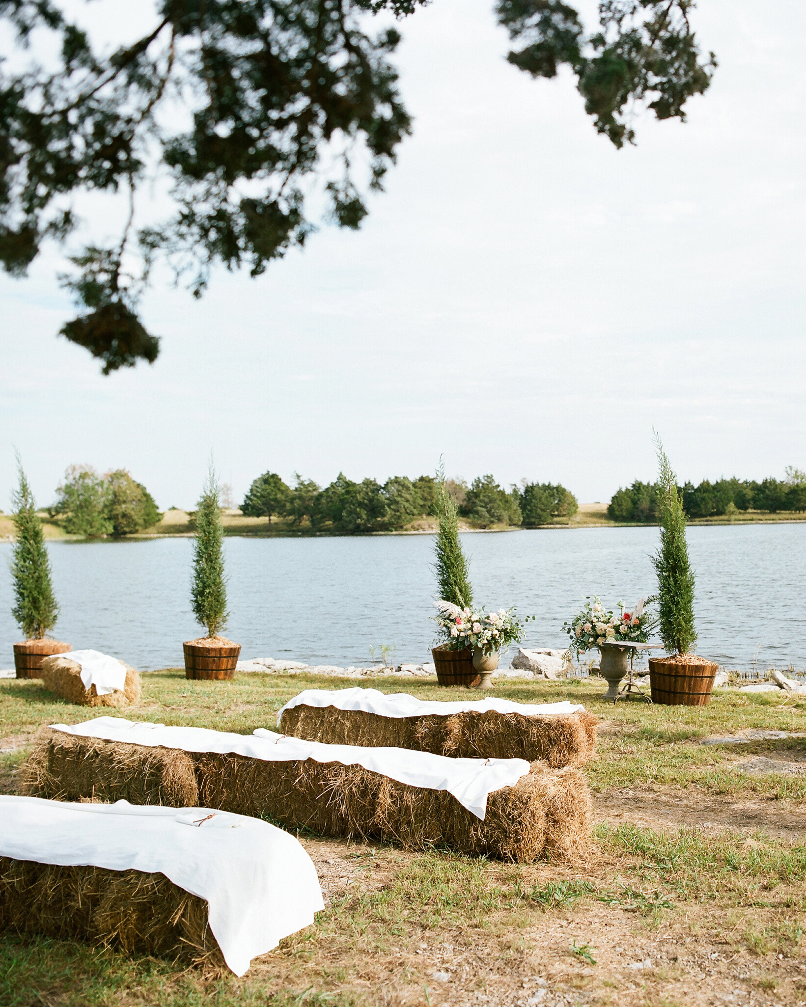 jessika william wedding ceremony seating