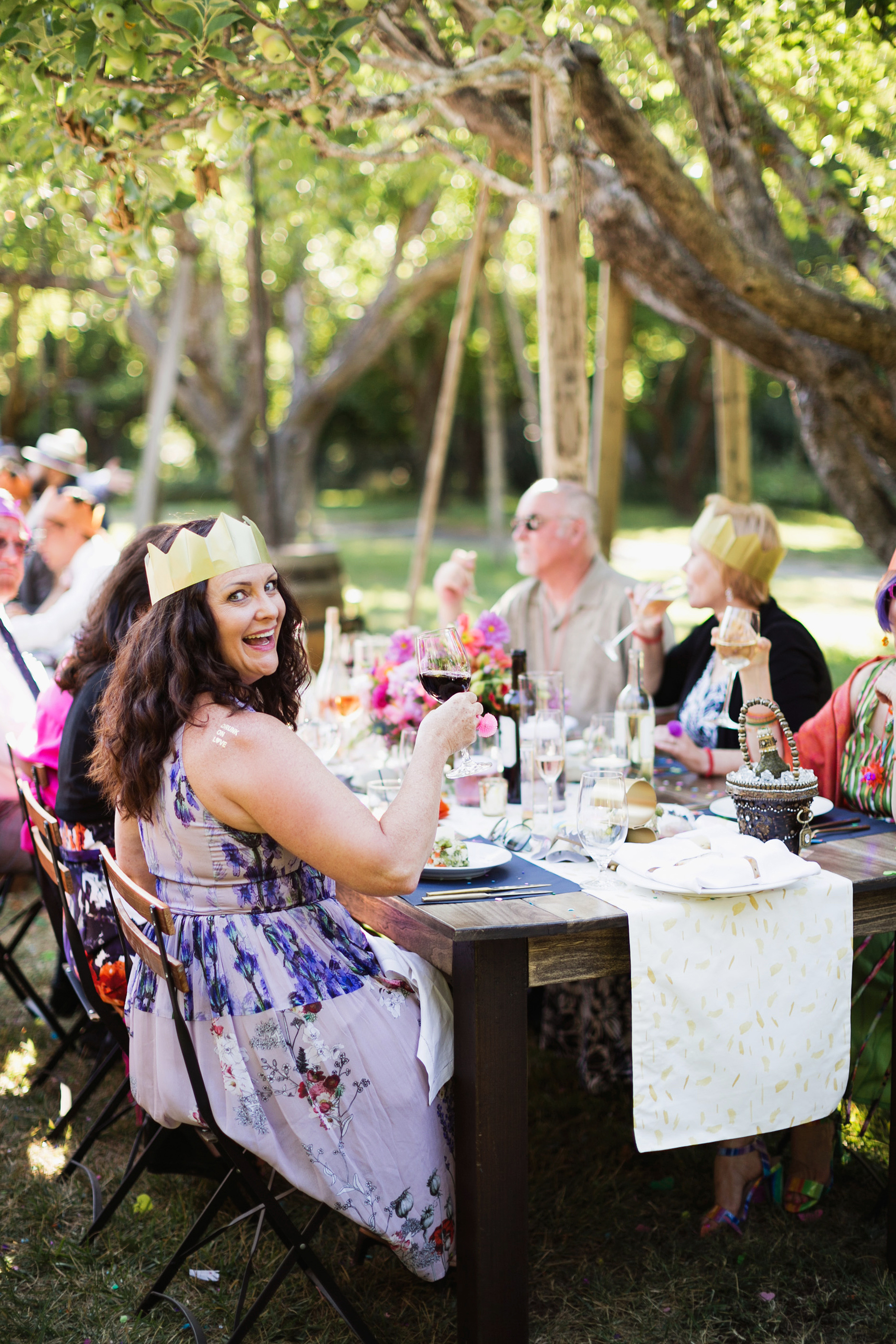 5 Ways to Celebrate an Important Guest's Birthday at Your Wedding