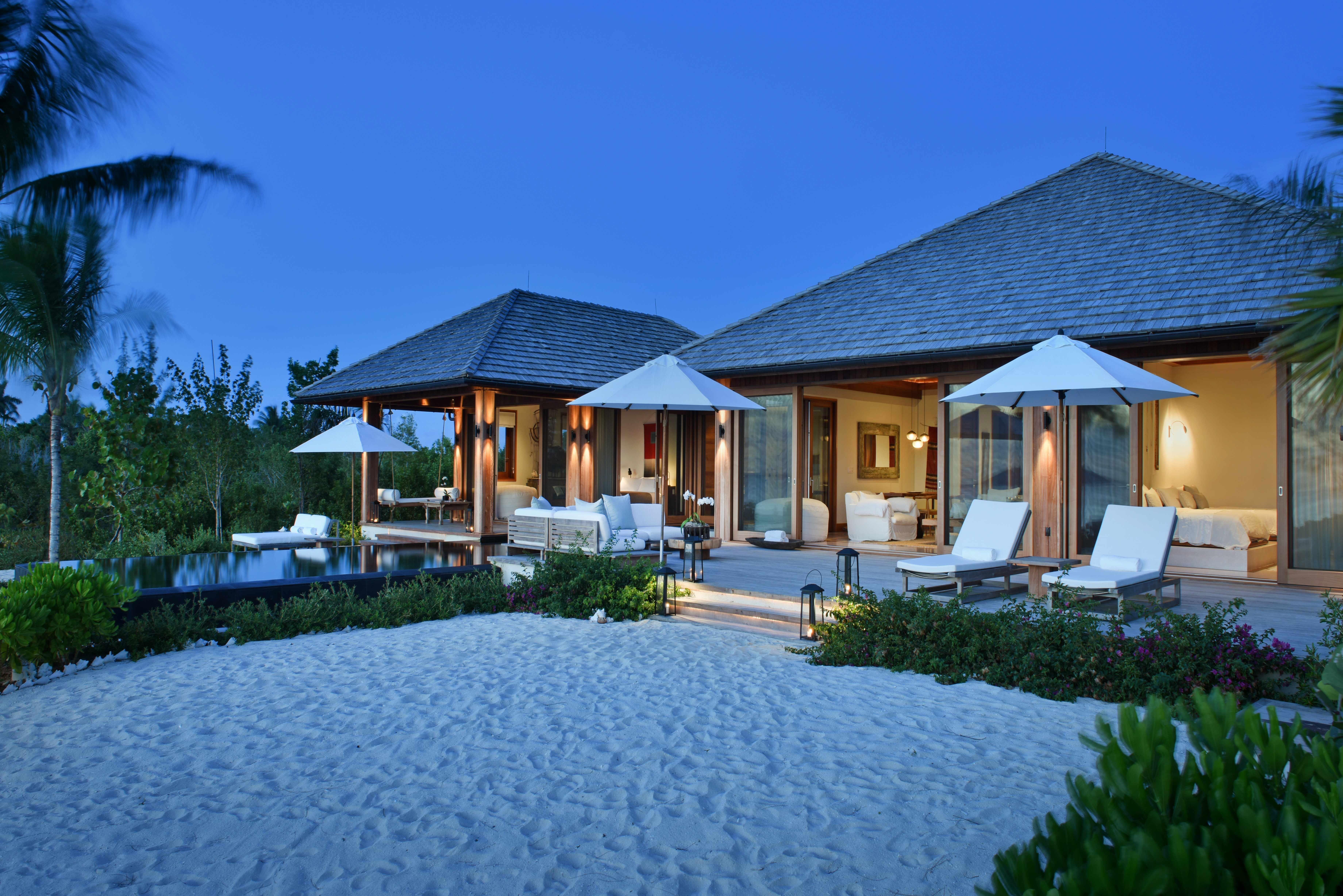private island honeymoons como parrot cay