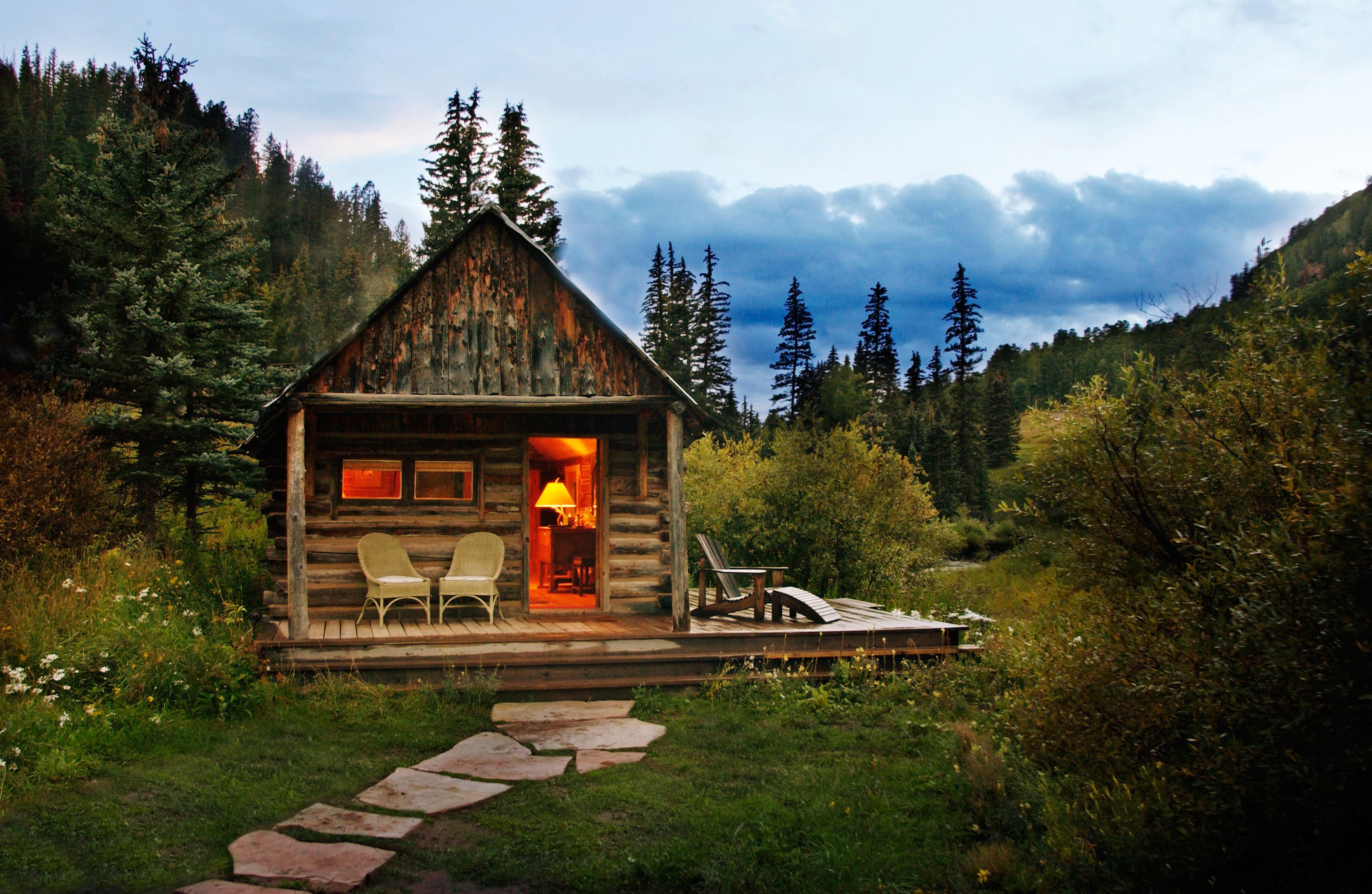 dude ranch honeymoon dunton hot springs cabin sky stone path