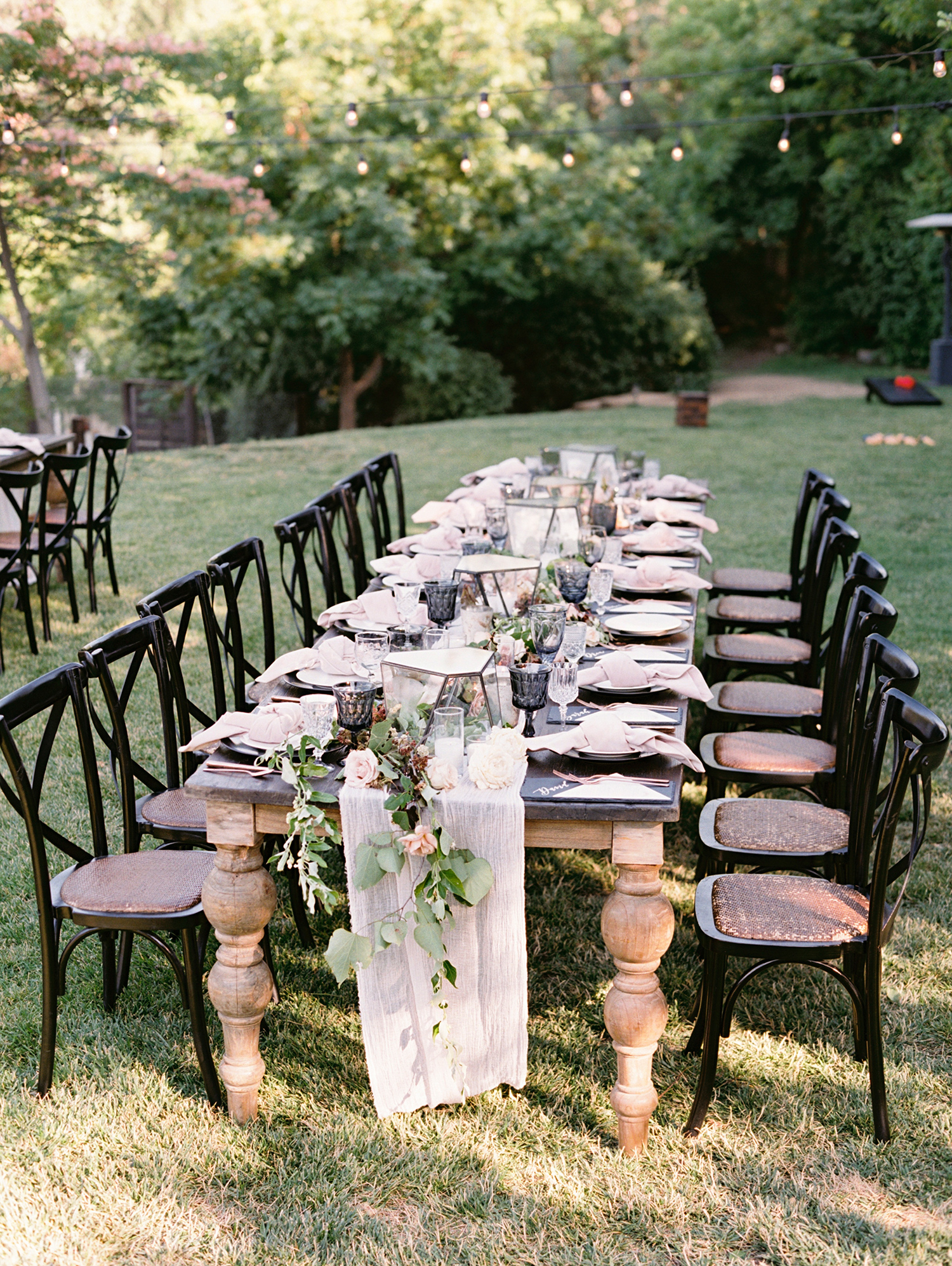 megan scott wedding outdoor table