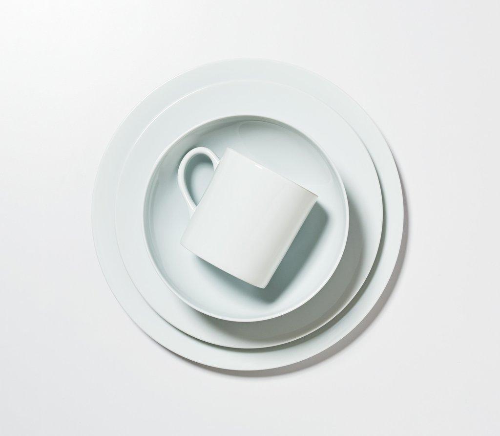 porcelain dinnerware white