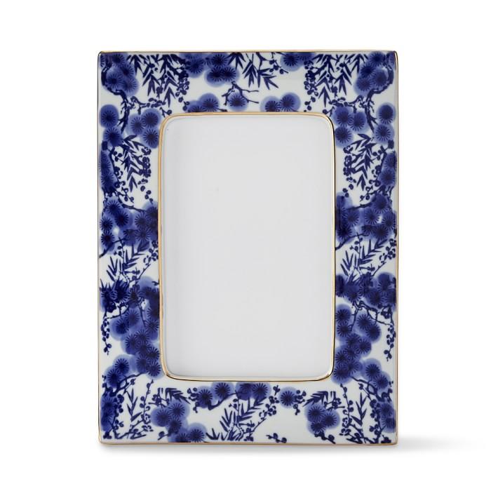 blue porcelain frame