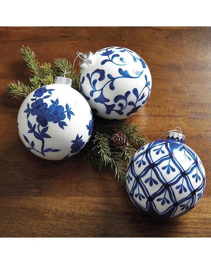 porcelain ornaments blue