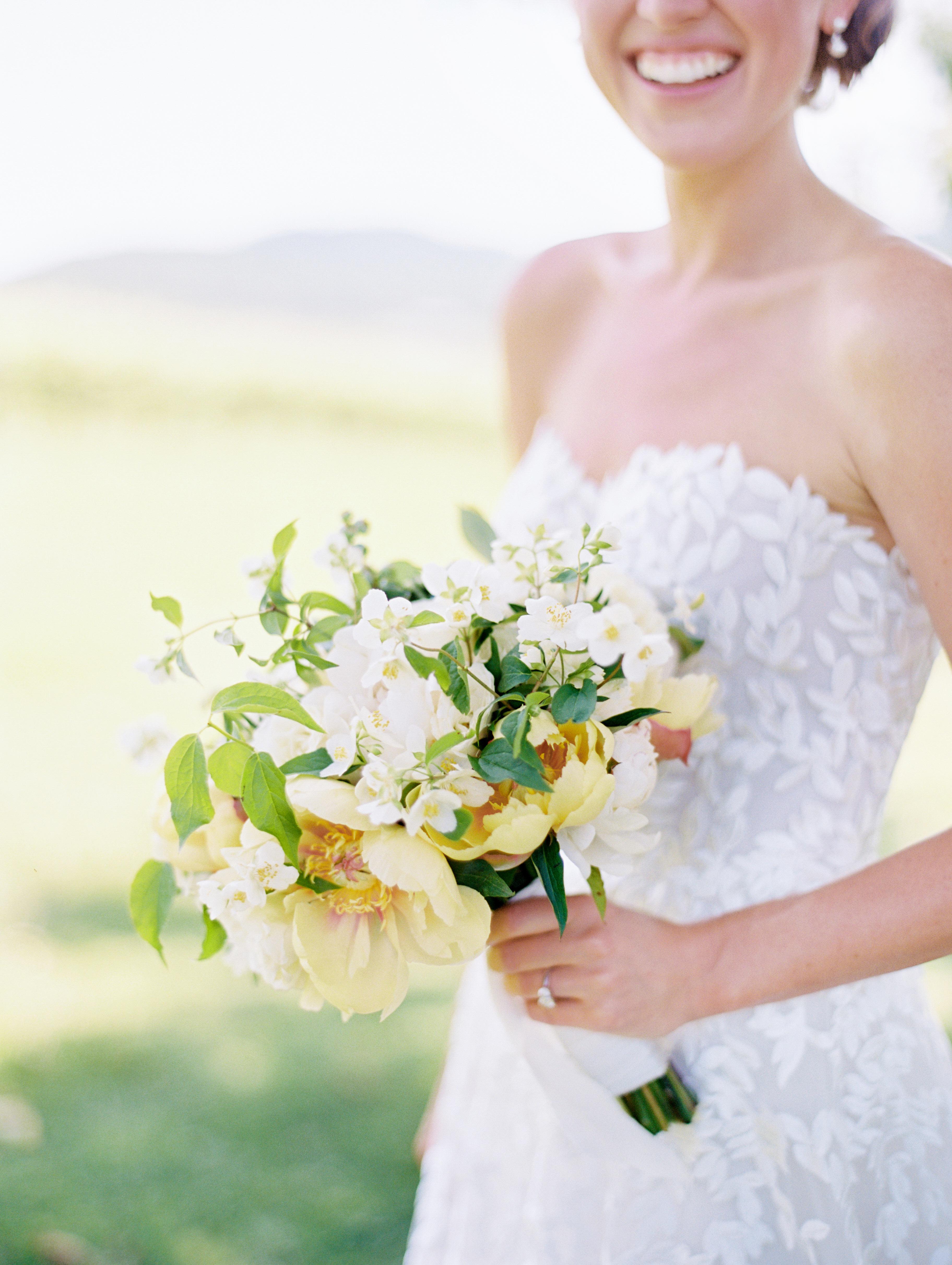 hannah chris wedding north garden va bouquet