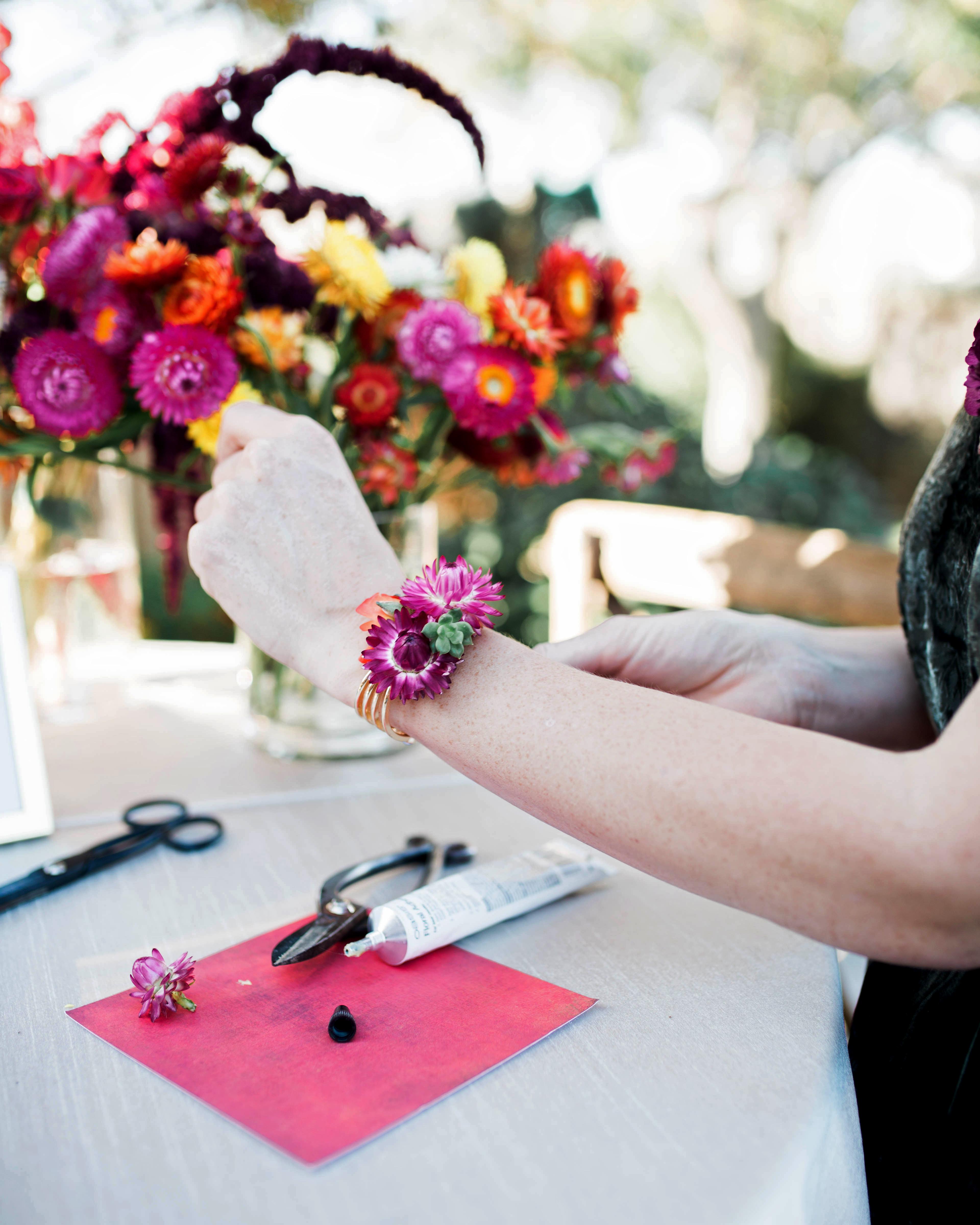 bridal shower favors diy bracelet