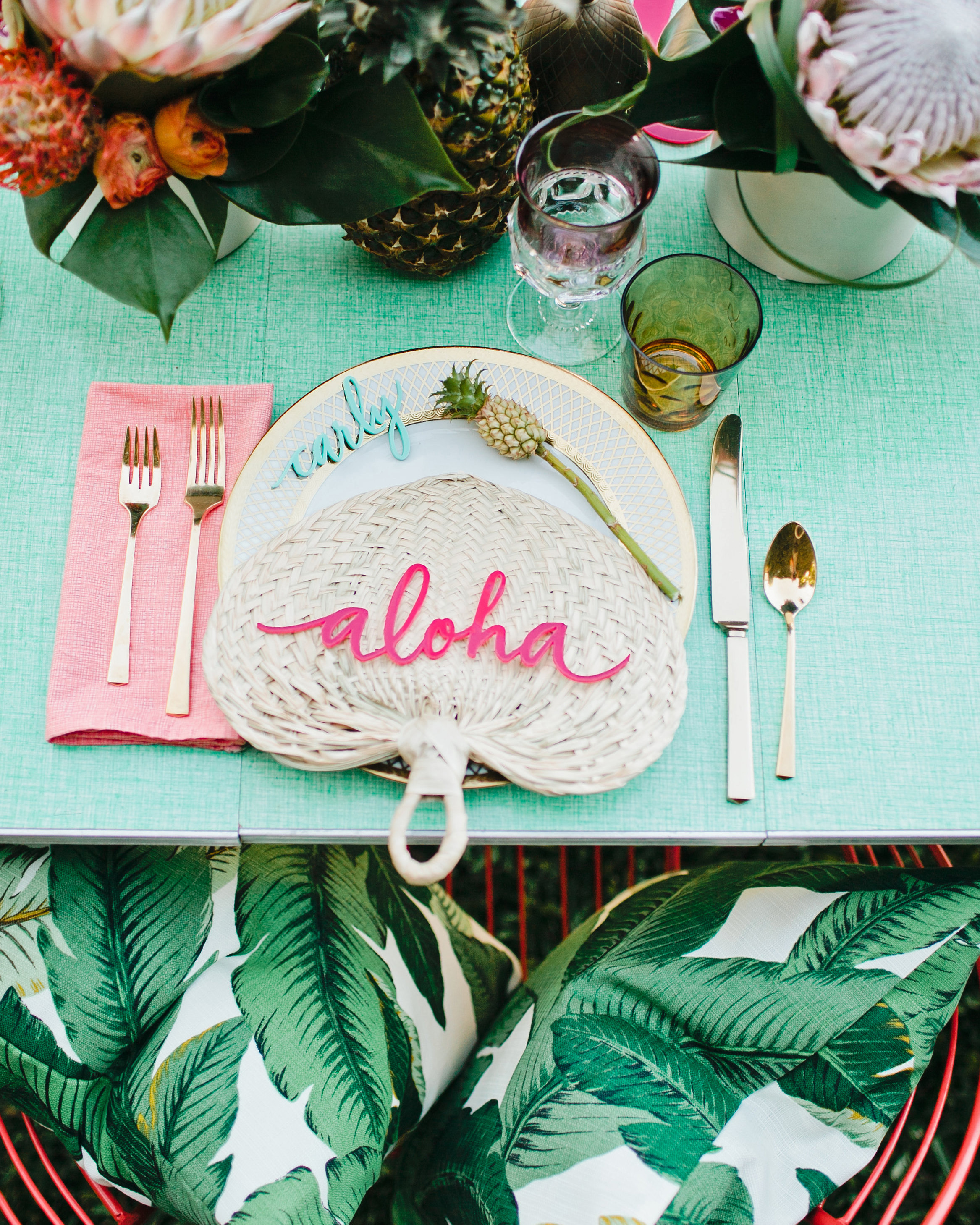 bridal shower favors fans and decor