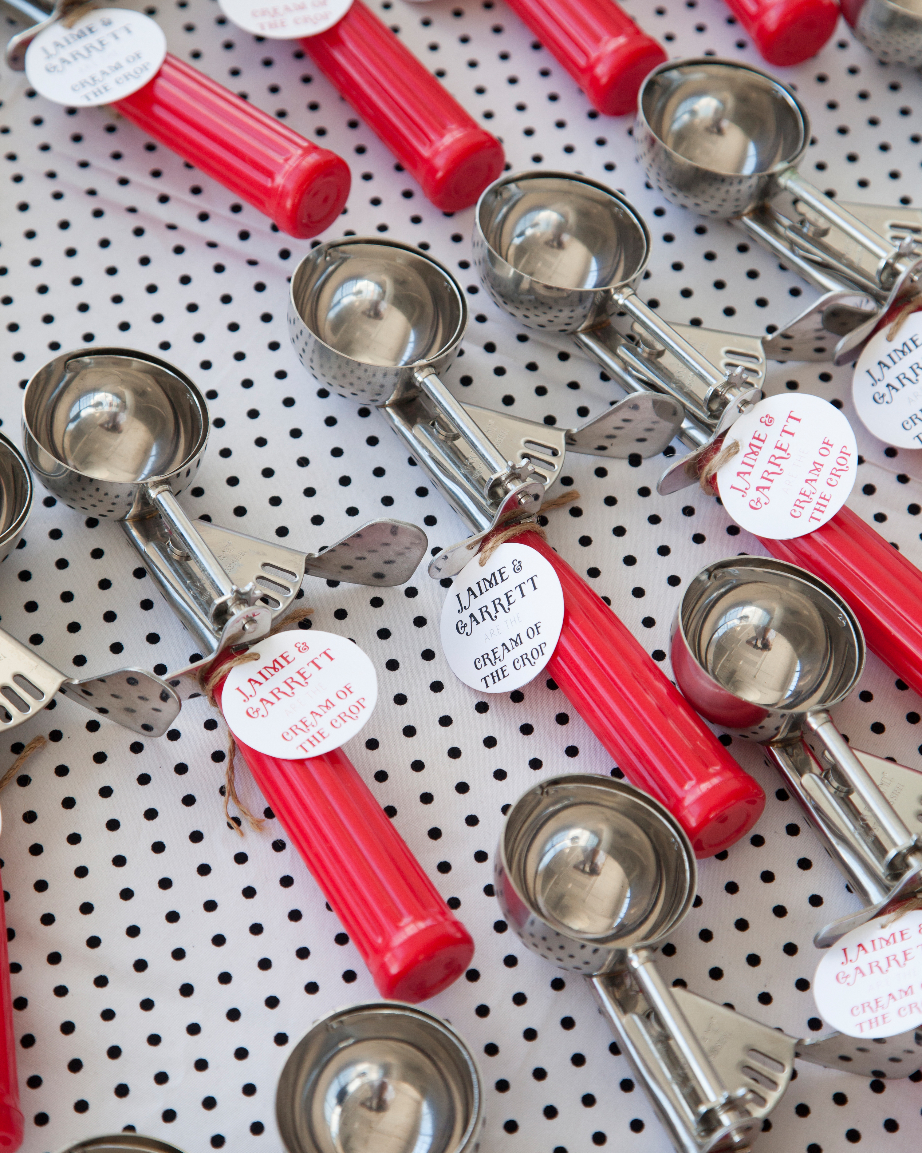 retro-ice-cream-parlor-bridal-shower-ice-cream-scoop-favors-0815.jpg