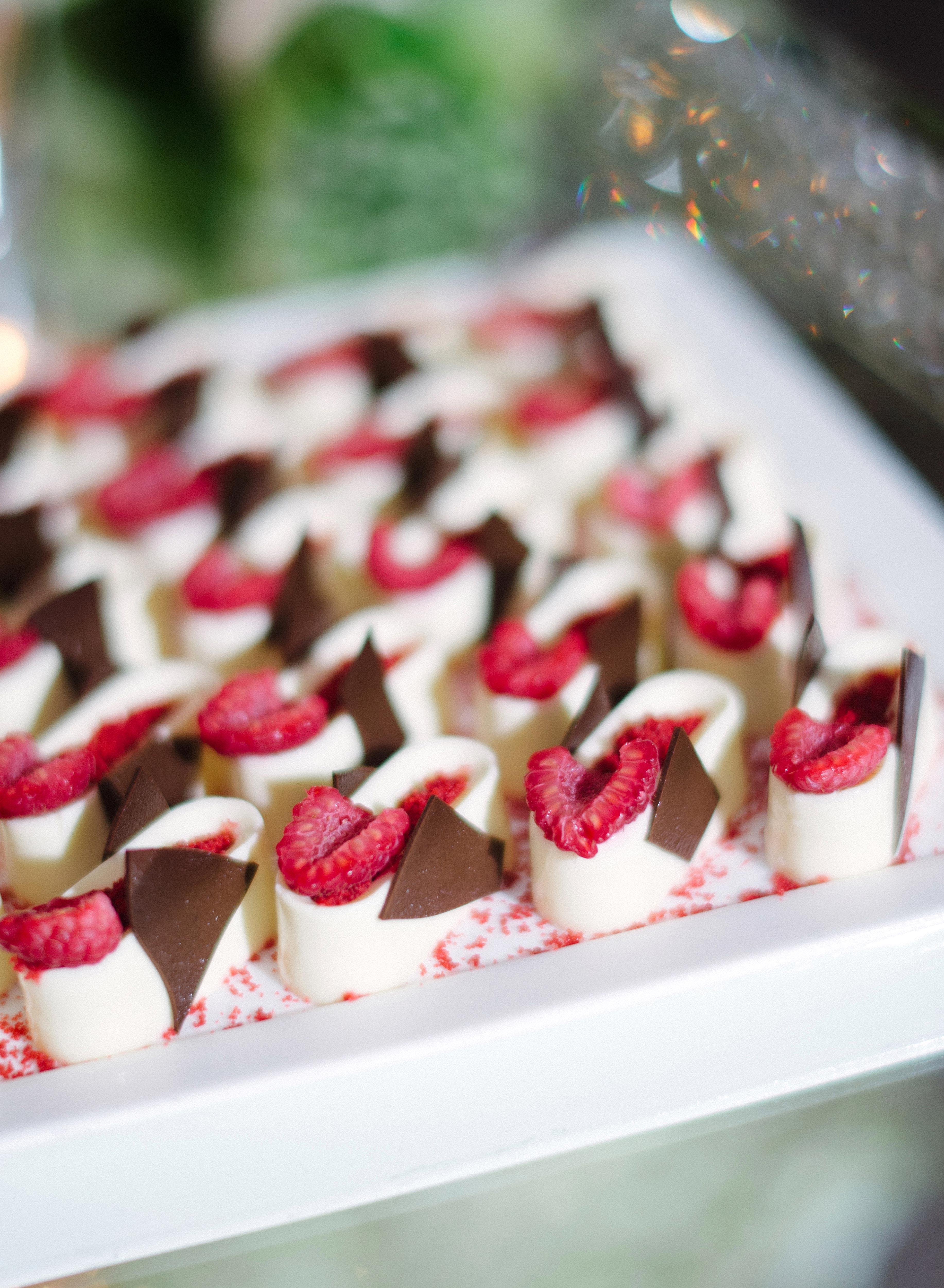 wedding desserts raspberries