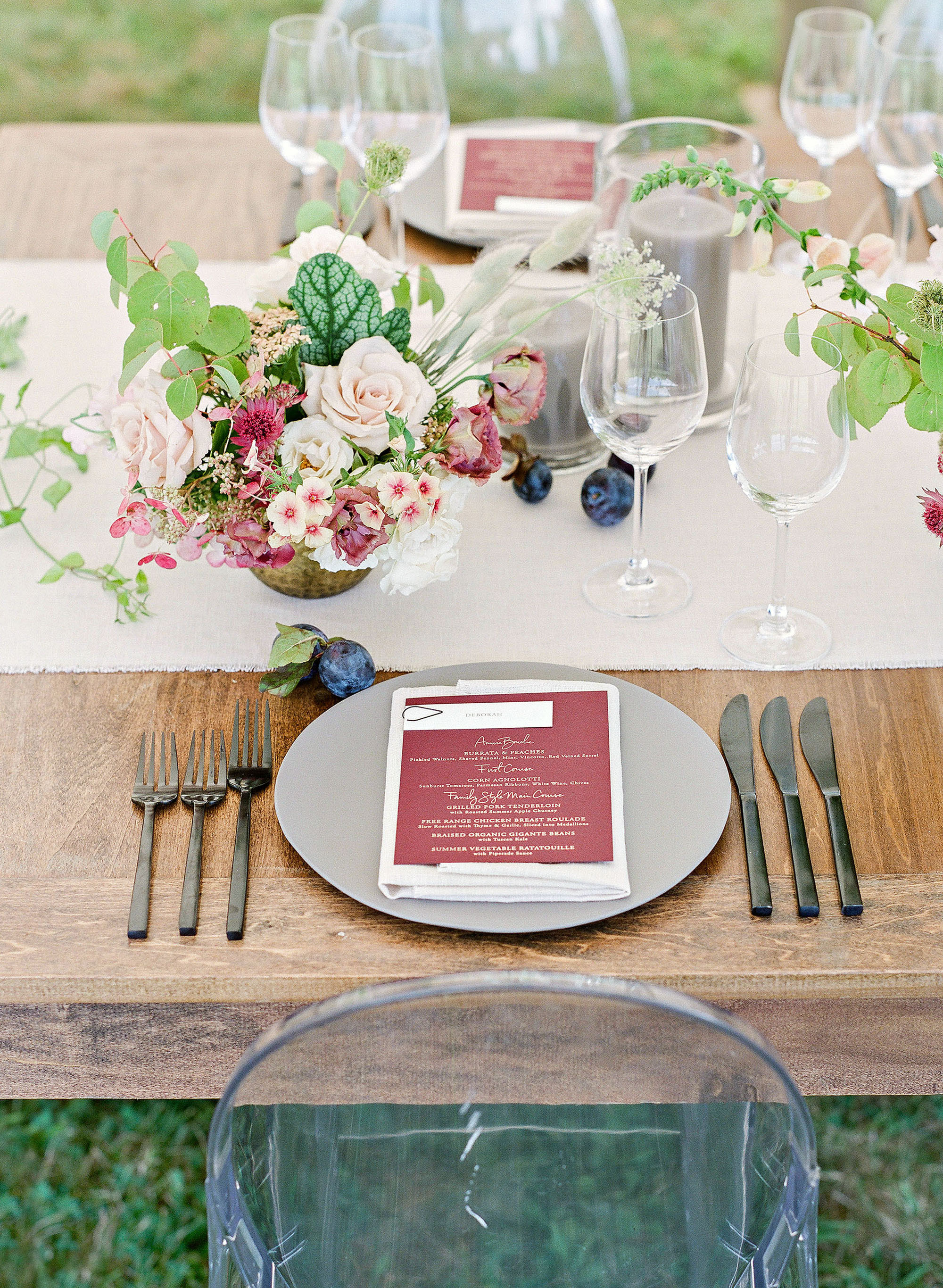 ashley samantha wedding cornwall ny tablescape