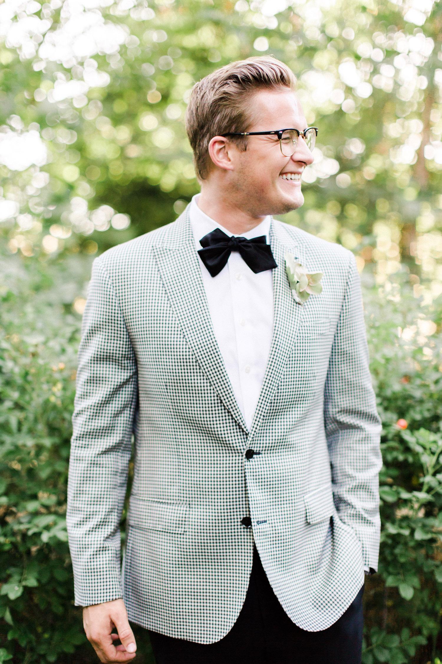 Should the Groom Splurge on a Custom Wedding Suit?