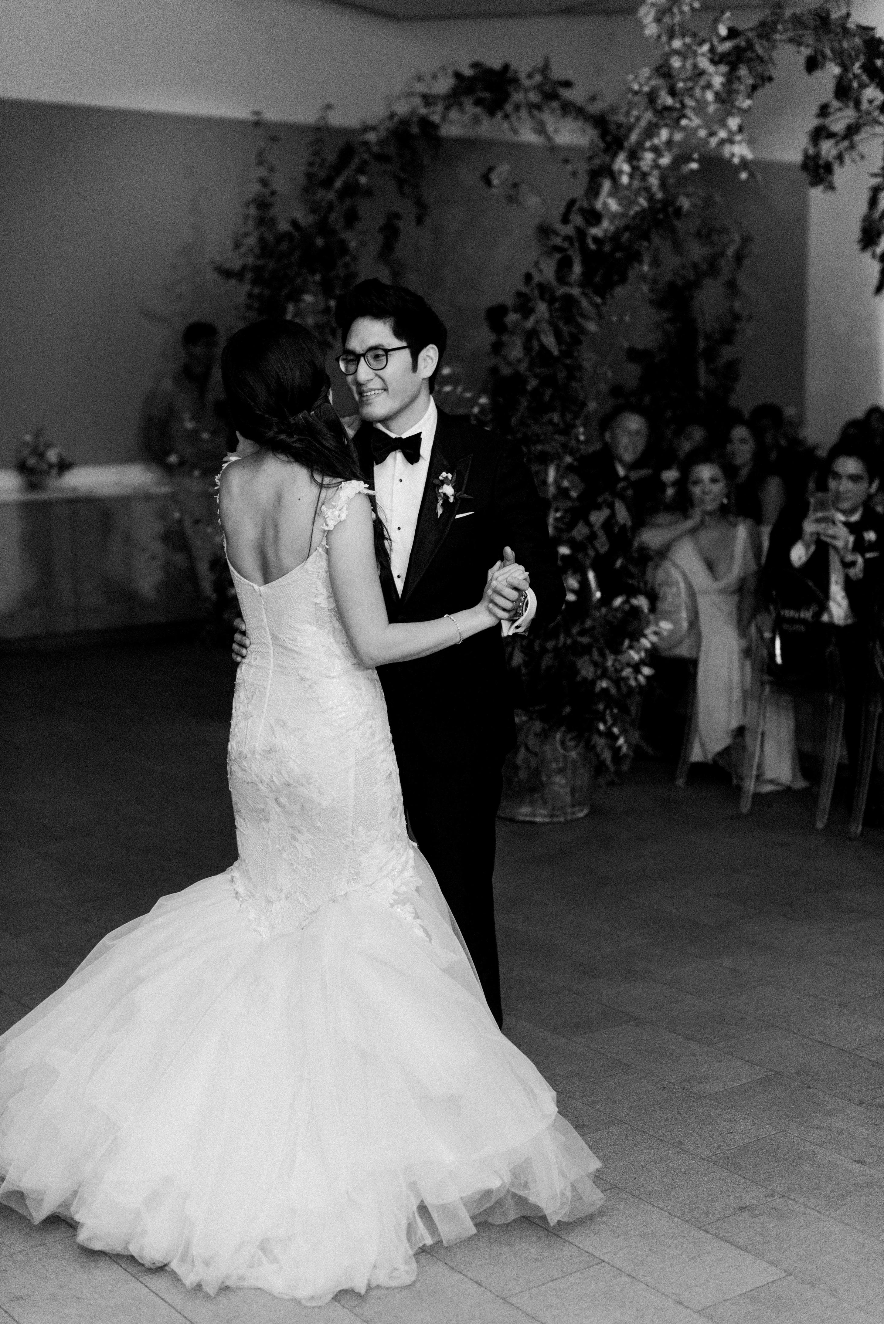 texas wedding black white first dance