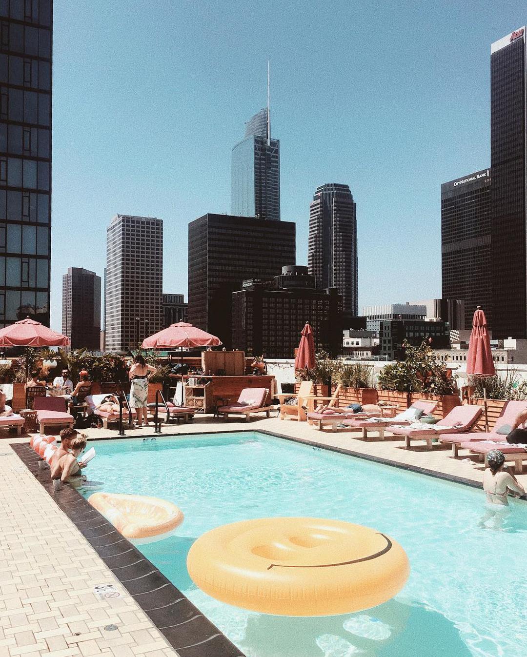 los angeles bachelorette party hotel freehand la