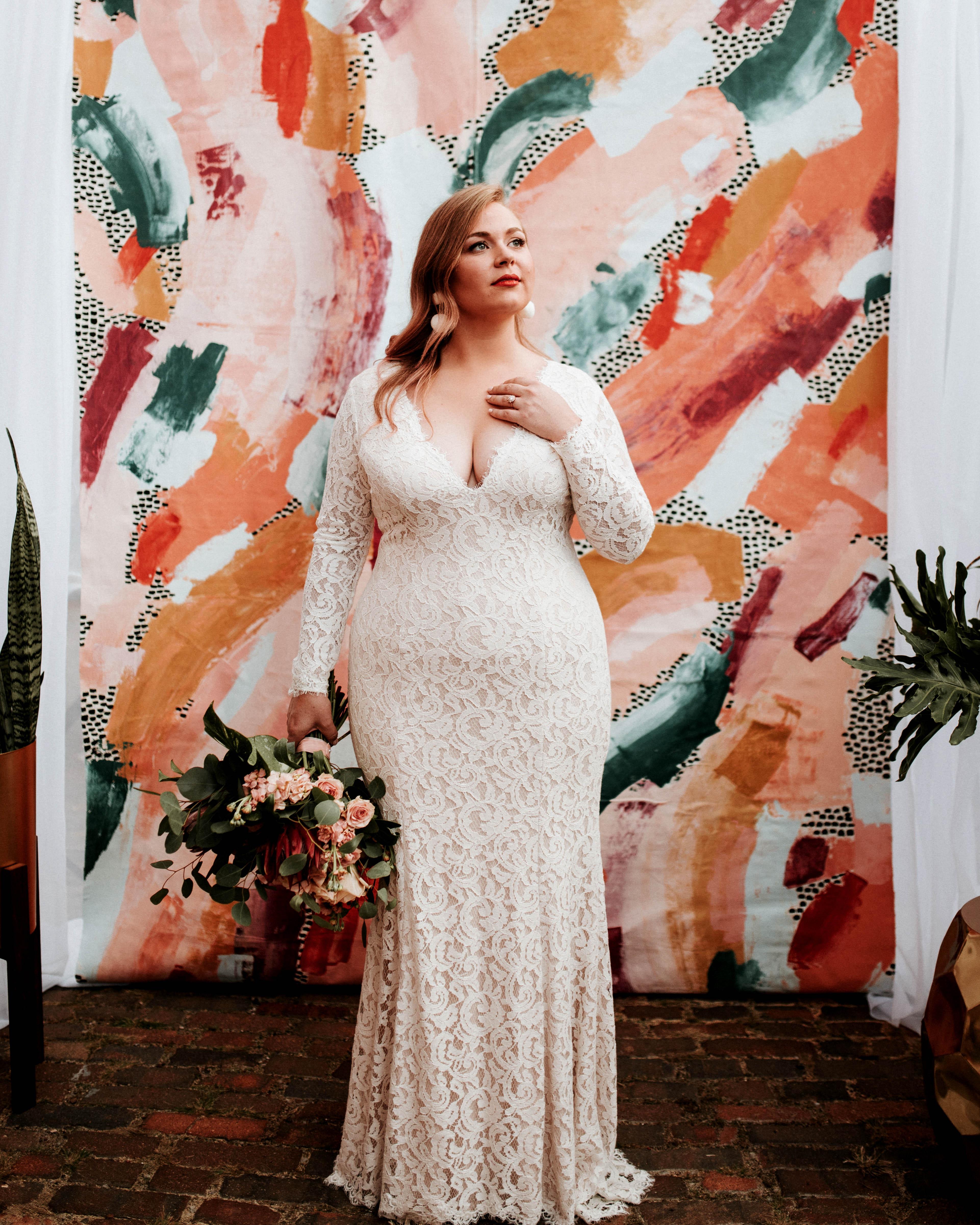 long sleeved wedding lace dress
