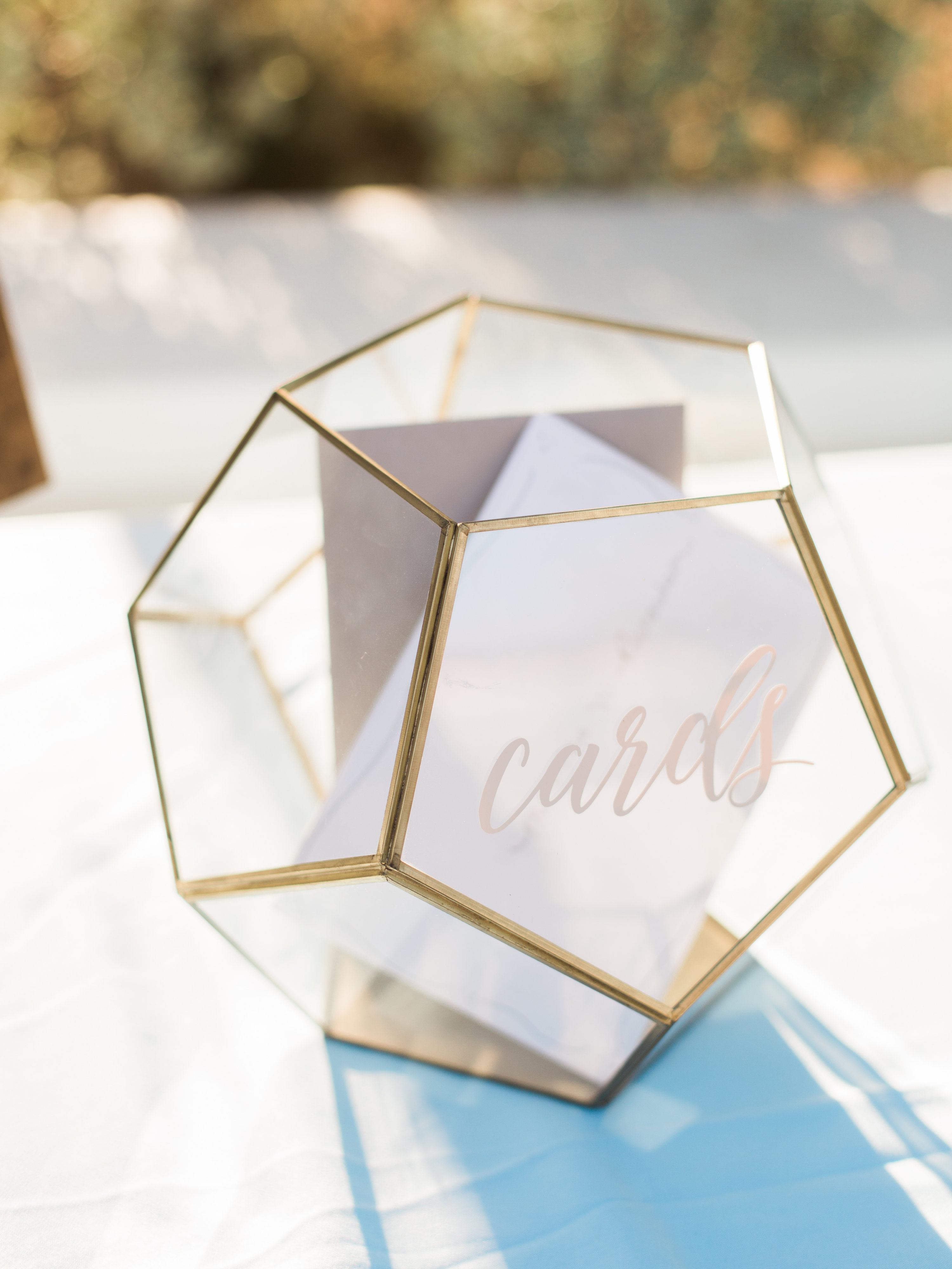 5 Reasons Why You Always Should Buy Gifts Listed on the Couple's Wedding Registry