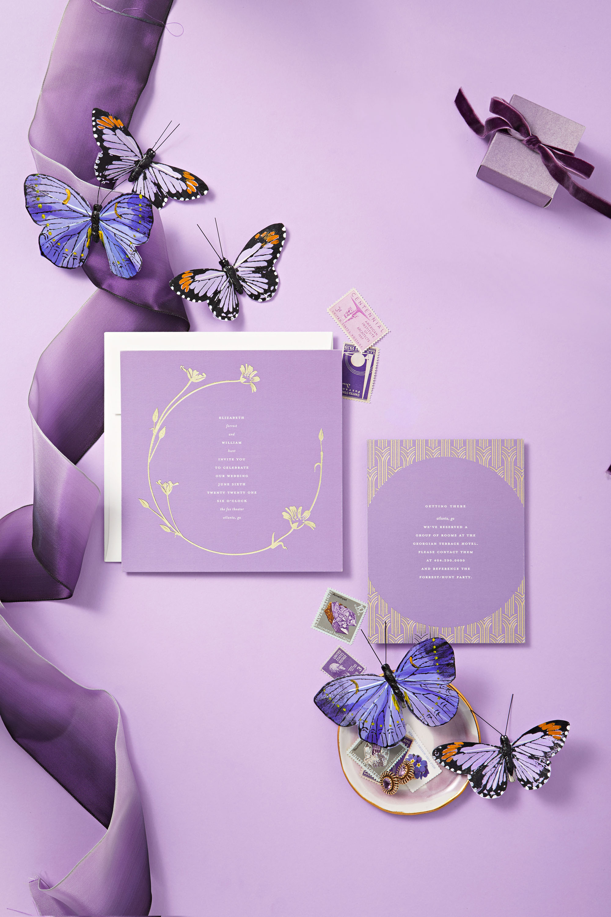 How to Choose Your Wedding Invitations Based on Your Color Palette