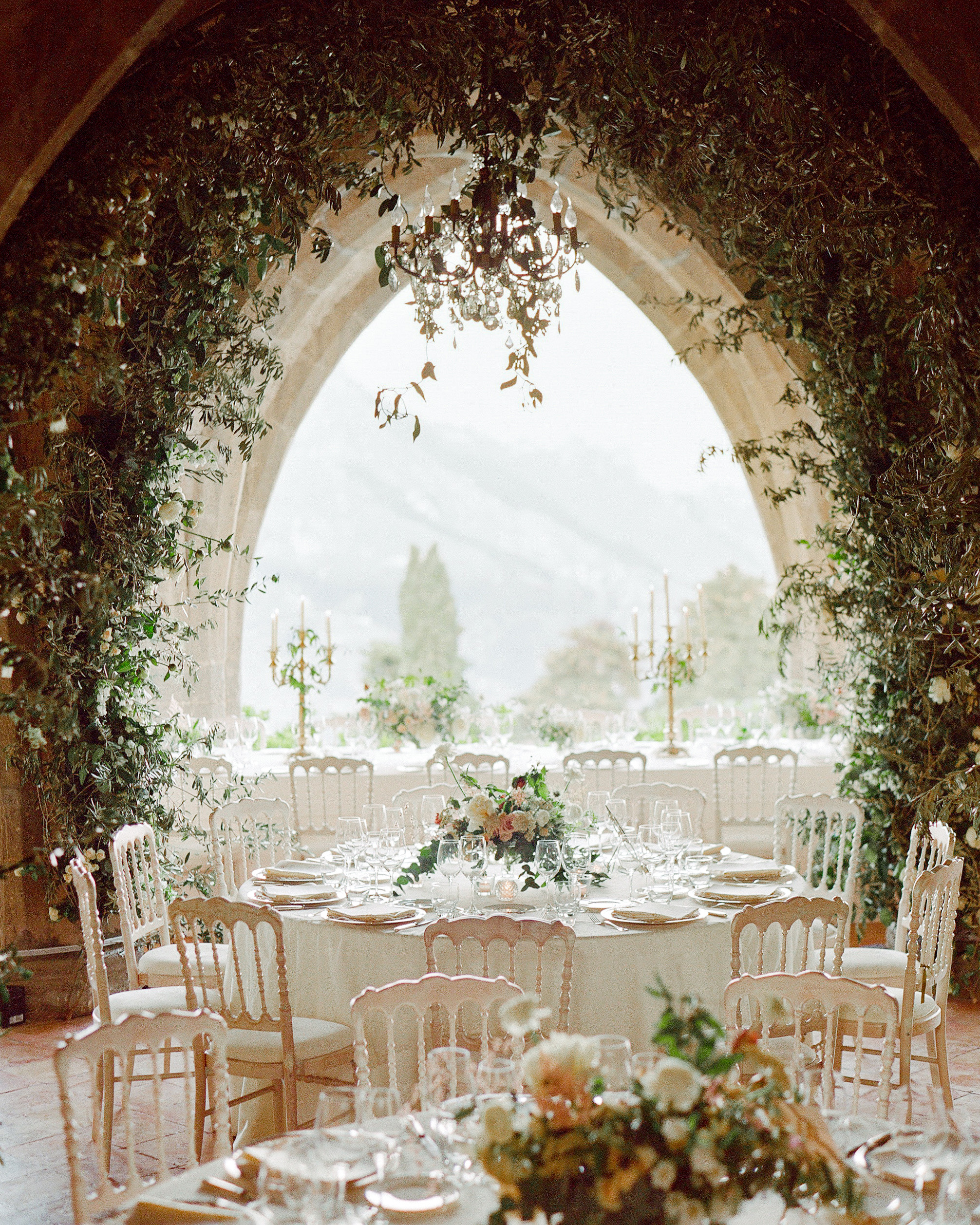 Should Your Wedding Venue Influence Your Event's Formality?
