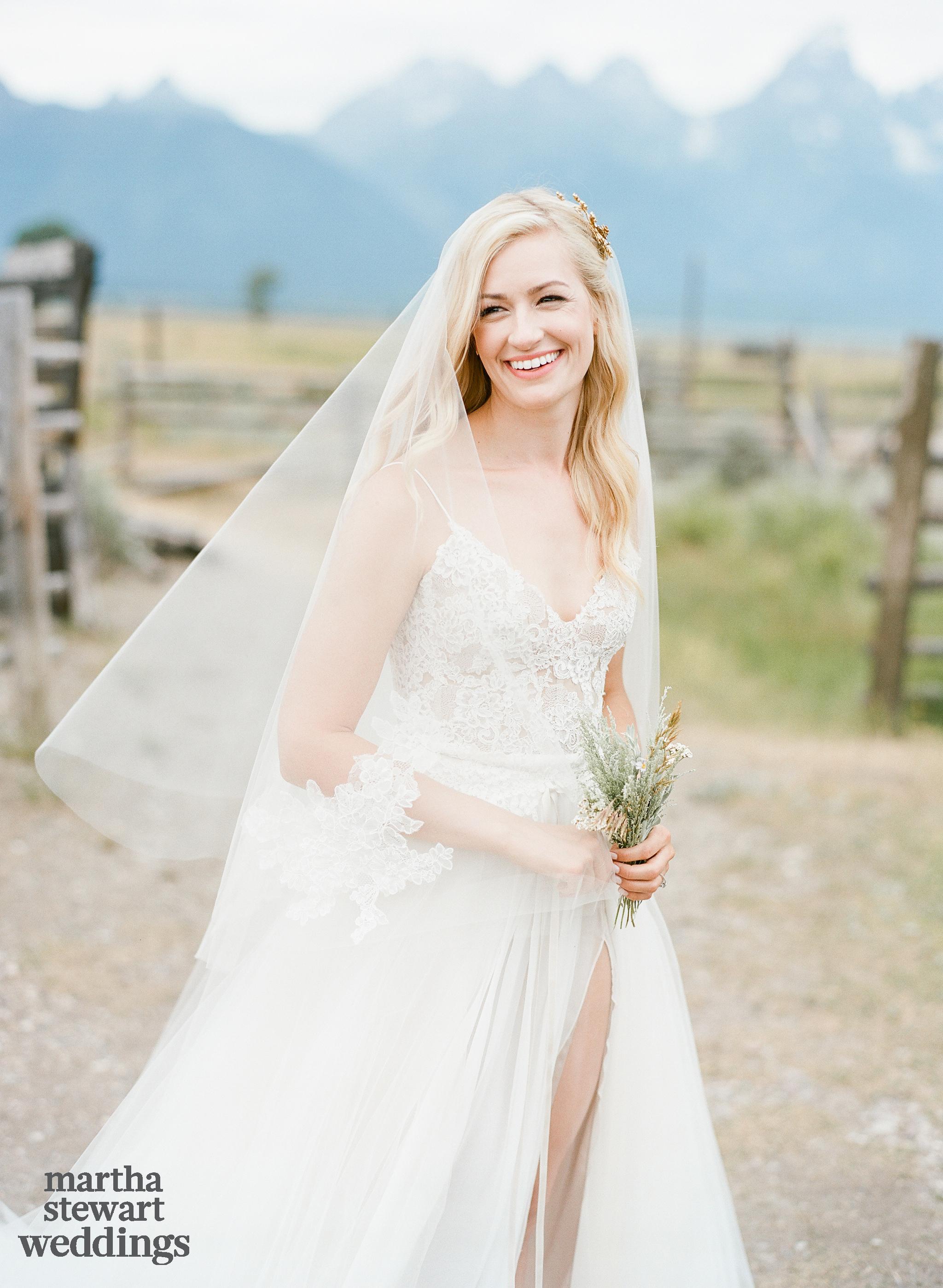 beth behrs michael gladis wedding bride bouquet sylvie gil