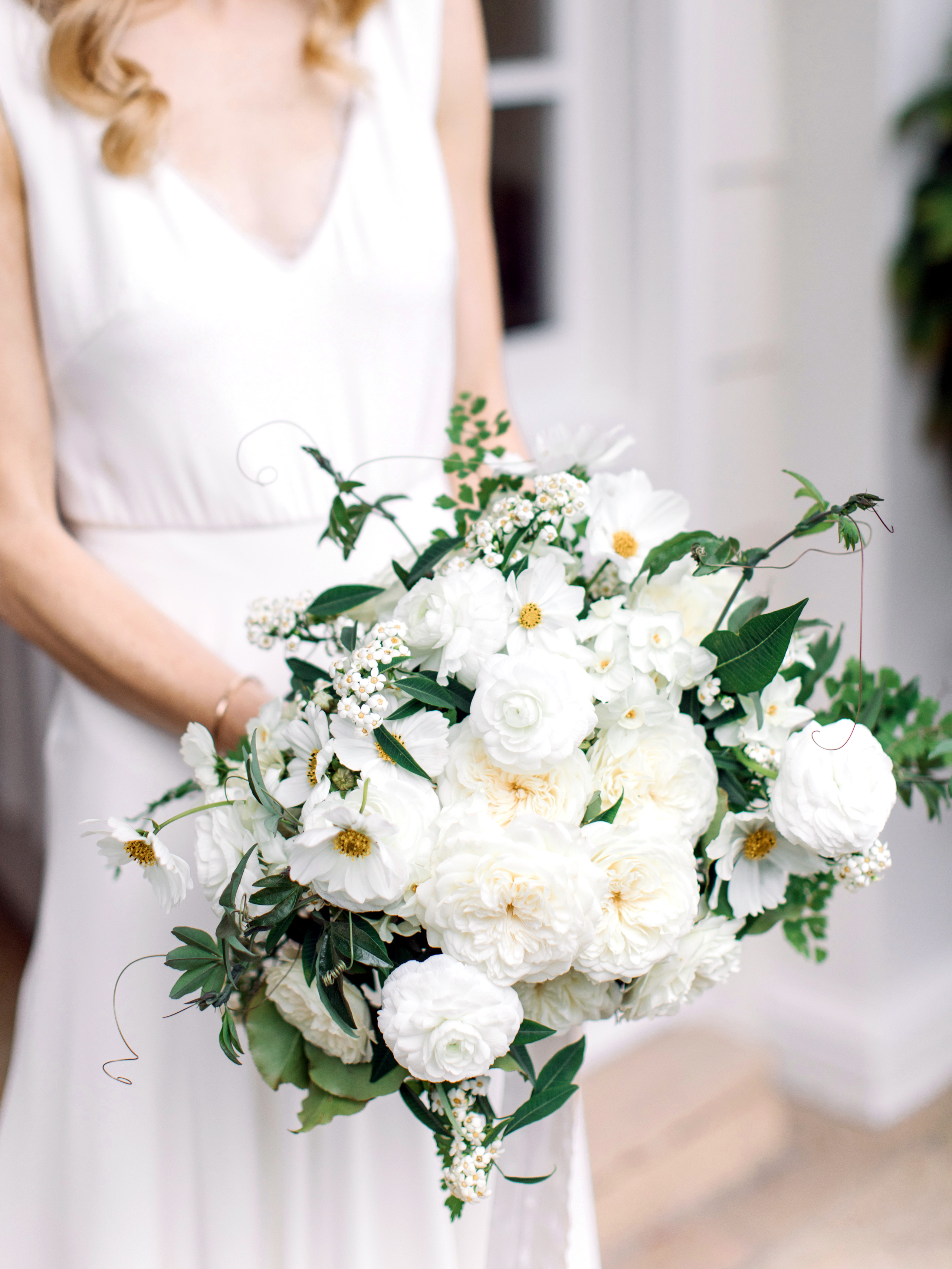 gillian marcus wedding bouquet