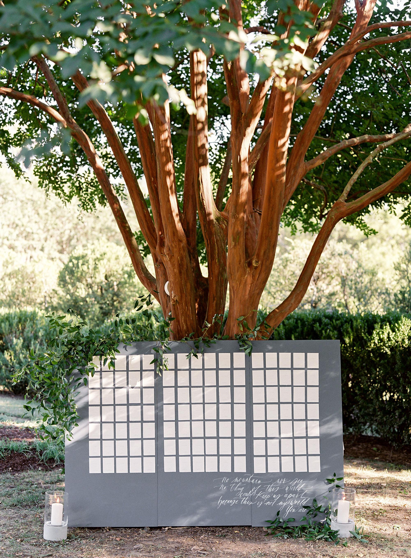 linda robert wedding escort card tree