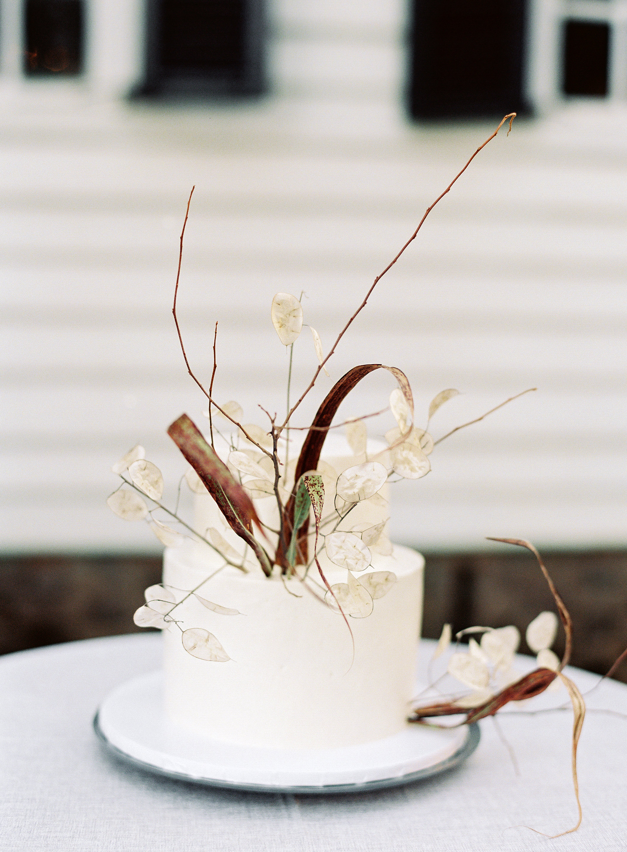 linda robert wedding cake