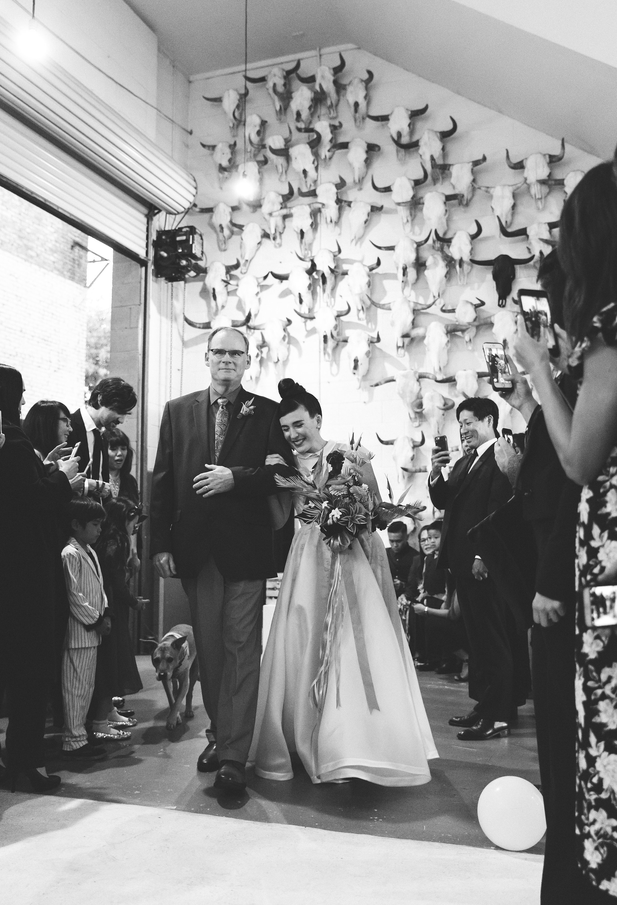 tashina huy colorful wedding processional