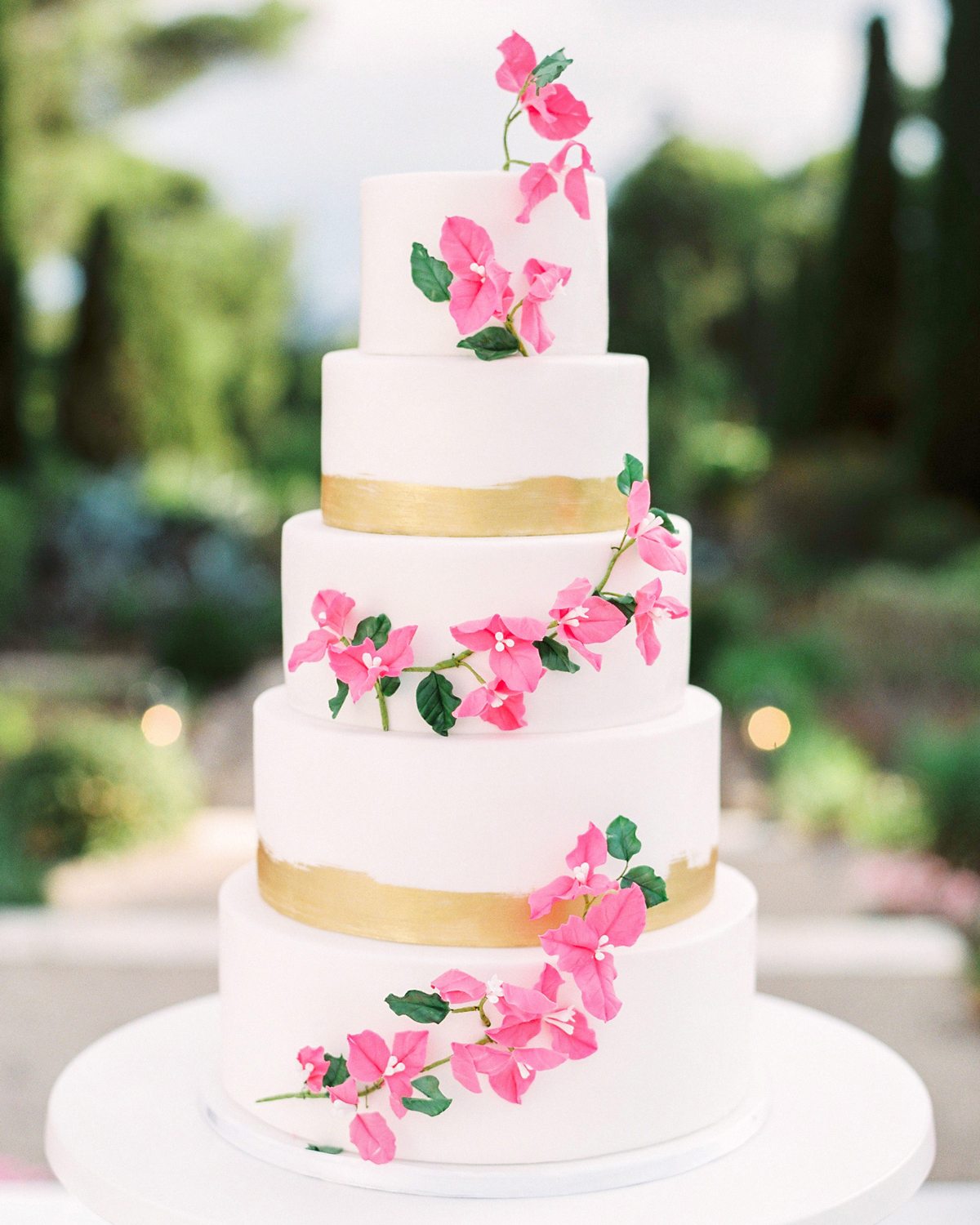 stephanie nikolaus wedding cake