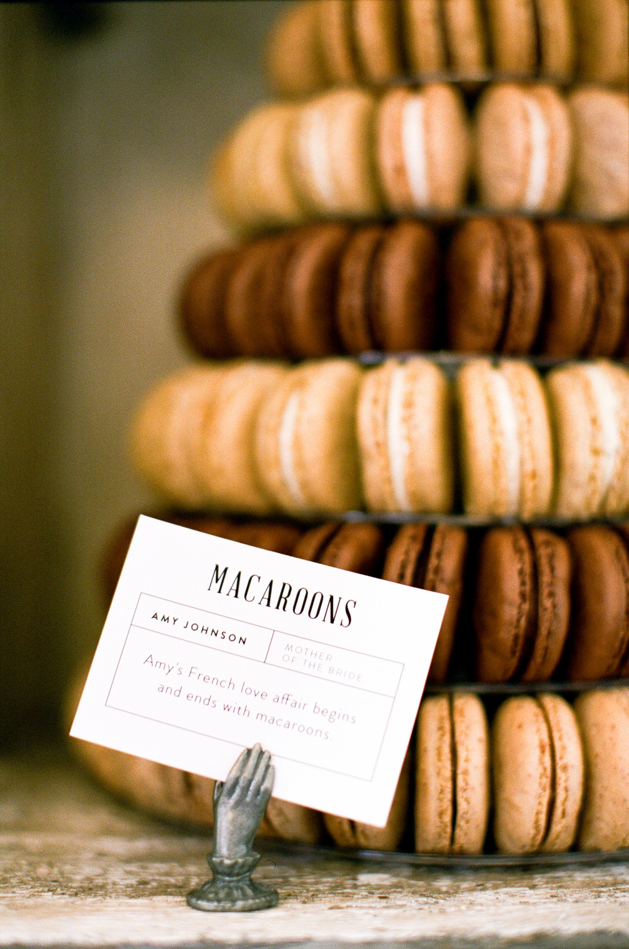 natalie louis wedding desserts macaroons