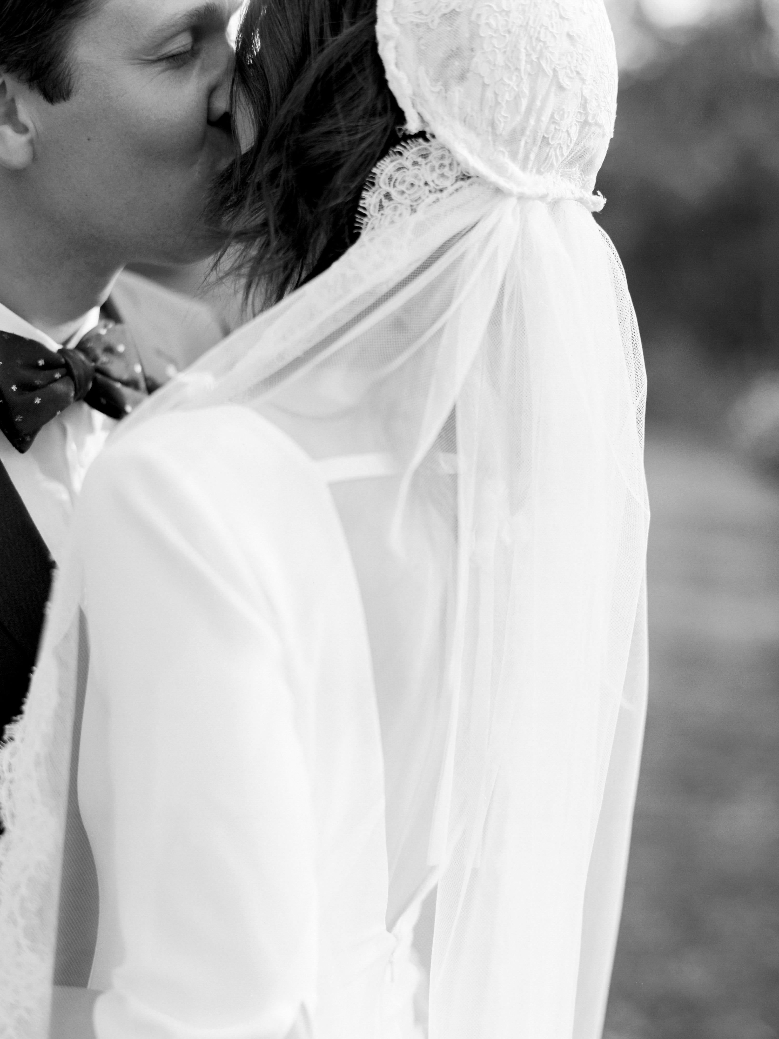 kayla michael wedding kiss