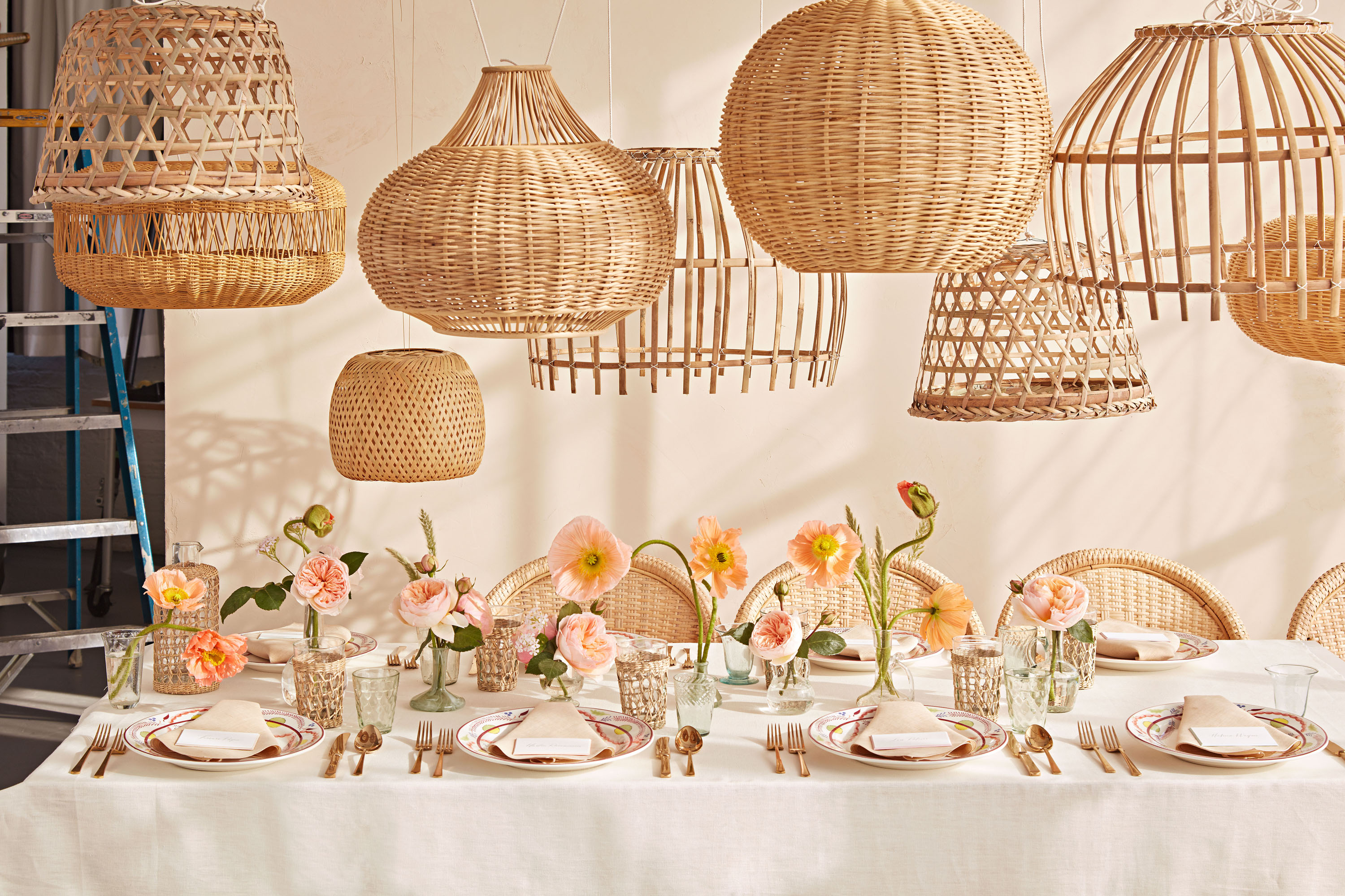 wicker table setting lamps