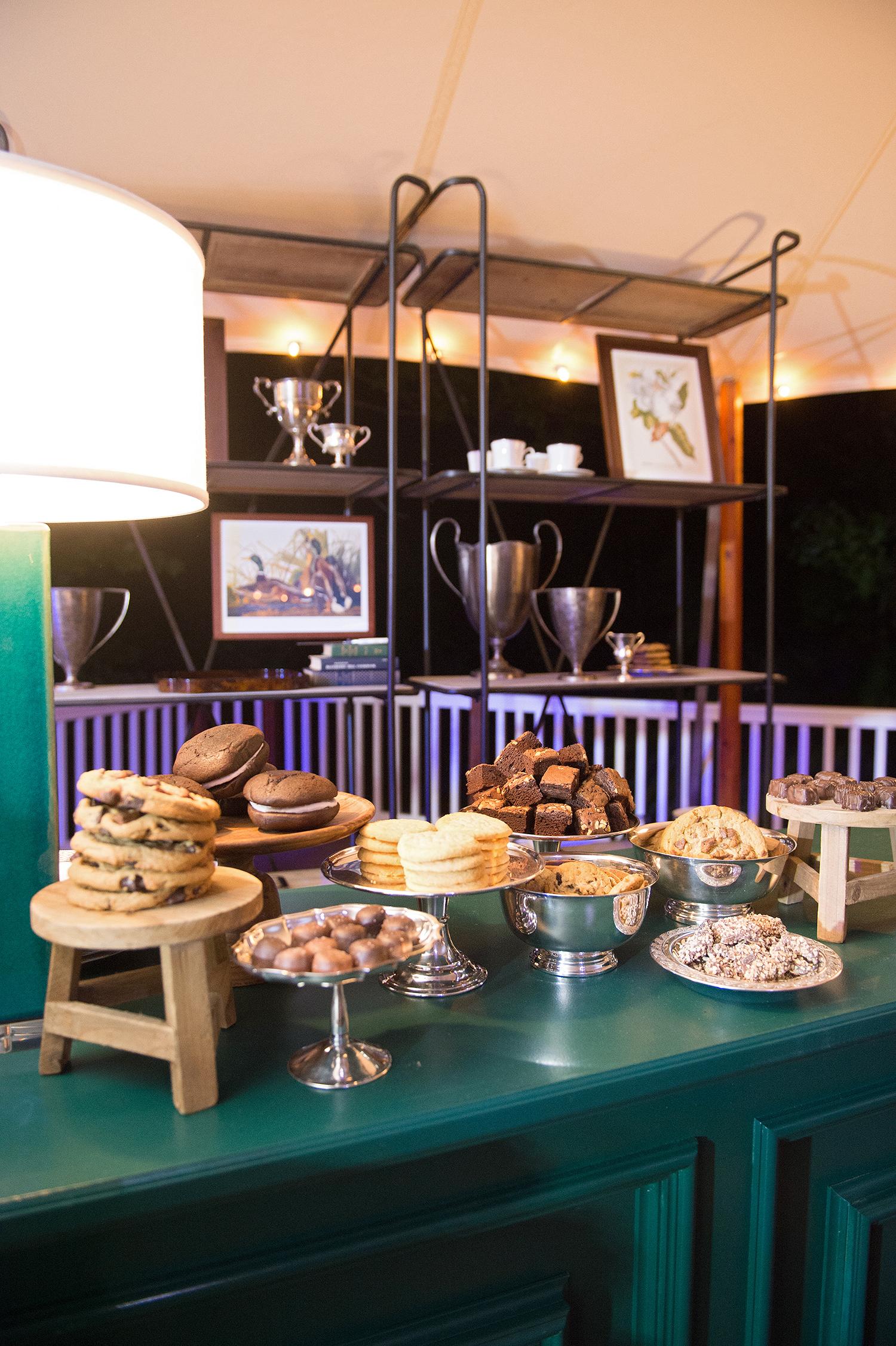 charles andrew wedding desserts at bar