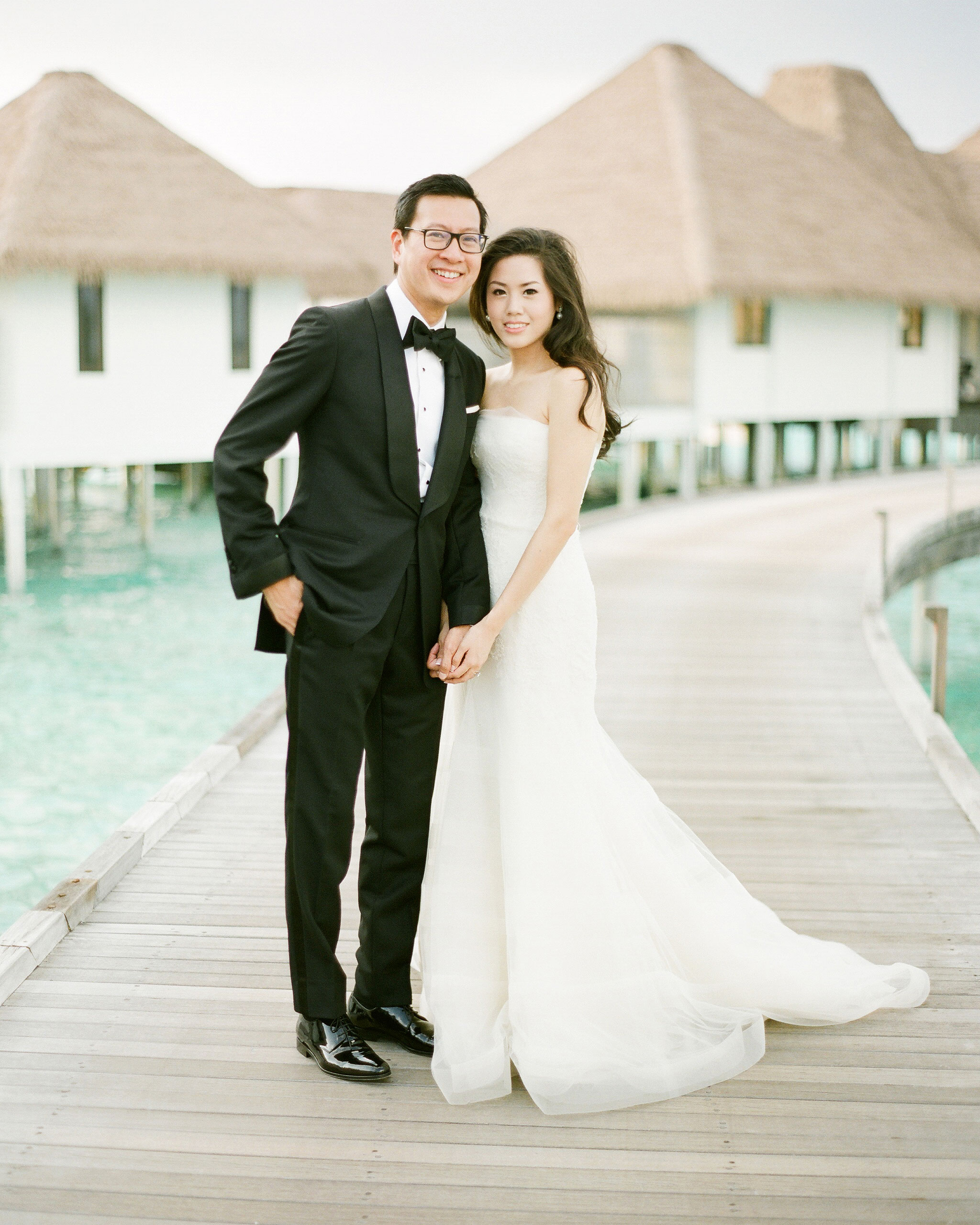 peony-richard-wedding-maldives-boardwalk-couple-0136-s112383.jpg