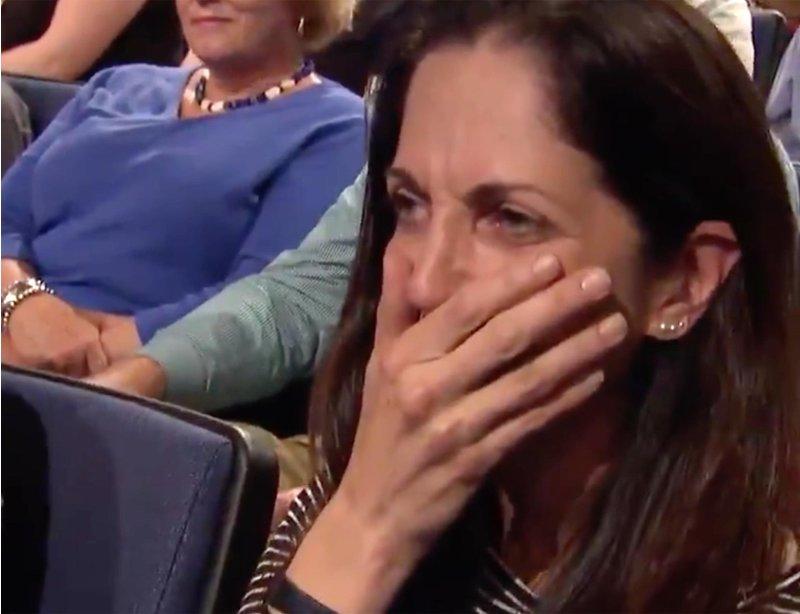 girlfriend reacts to her boyfriends proposal on jeopardy