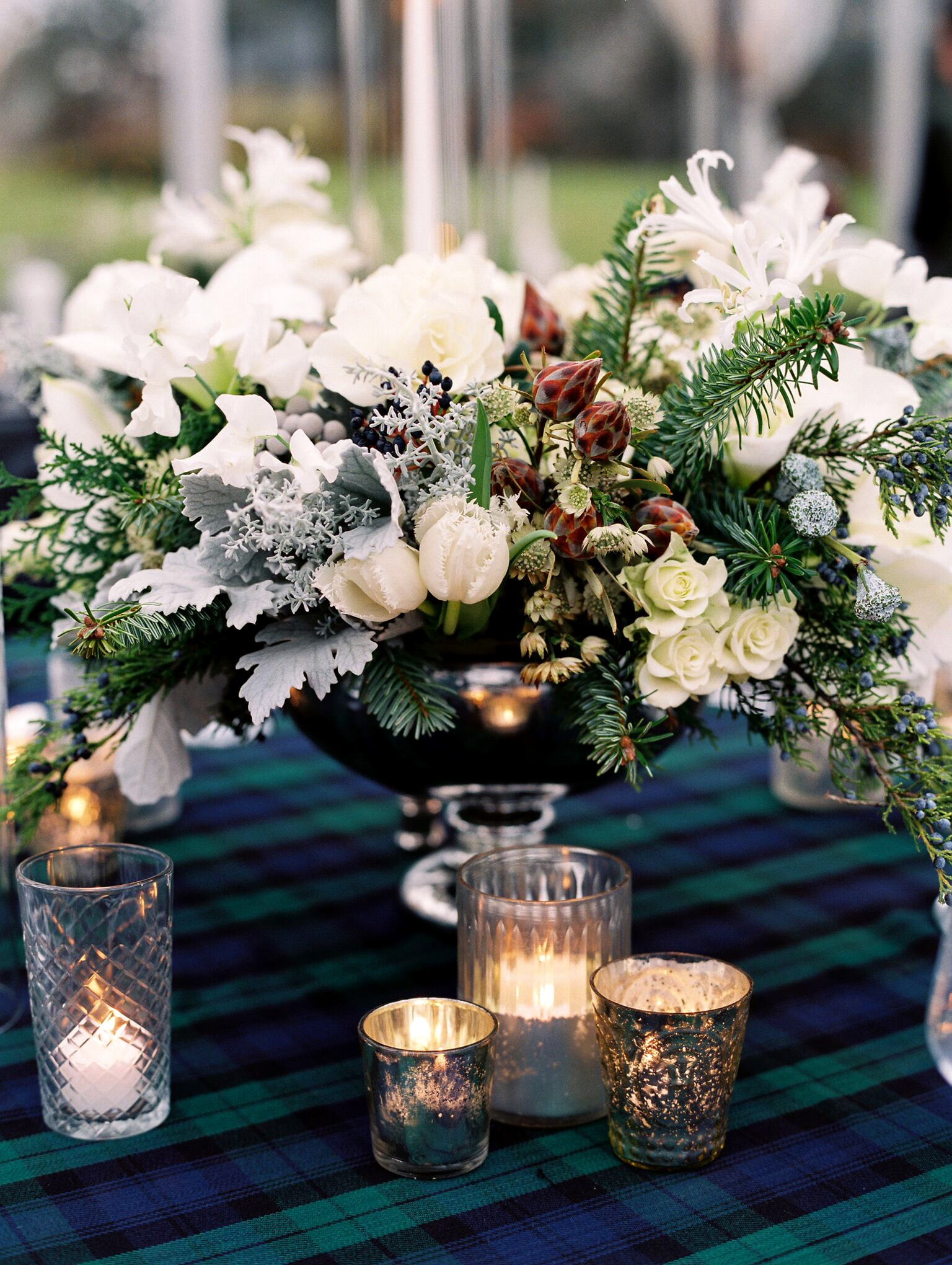Pleasing Winter Wedding Centerpieces That Nod To The Season Martha Download Free Architecture Designs Sospemadebymaigaardcom