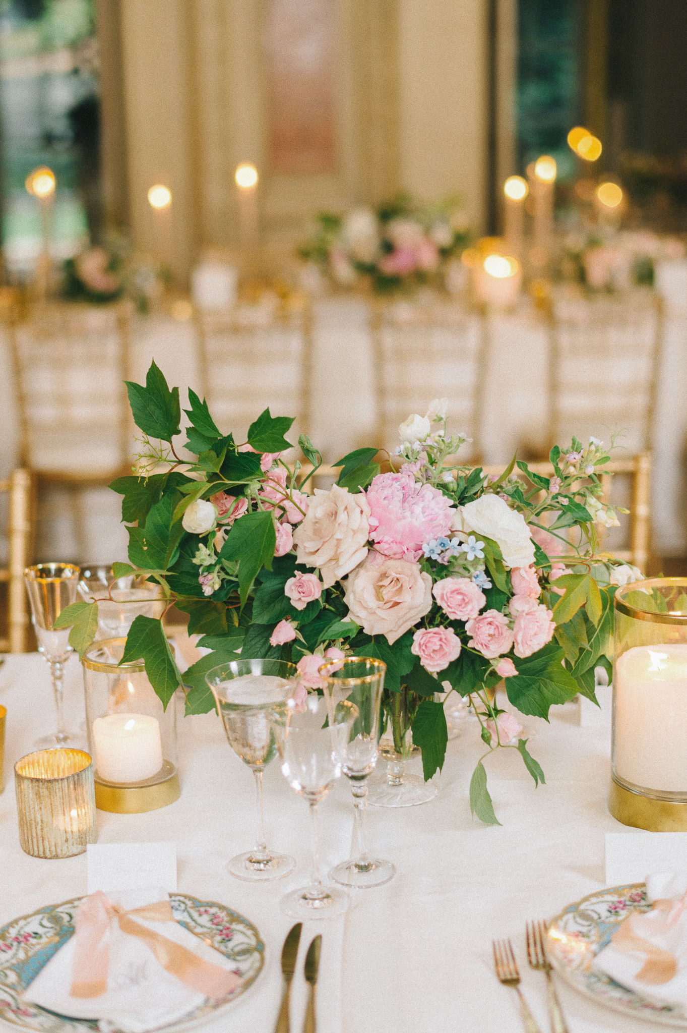 abby marcus wedding pink centerpiece 190