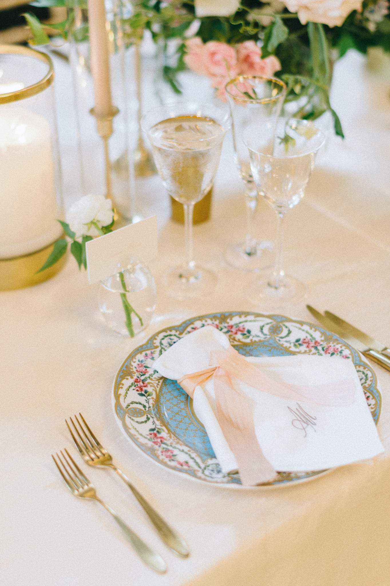 abby marcus wedding reception placesetting 172