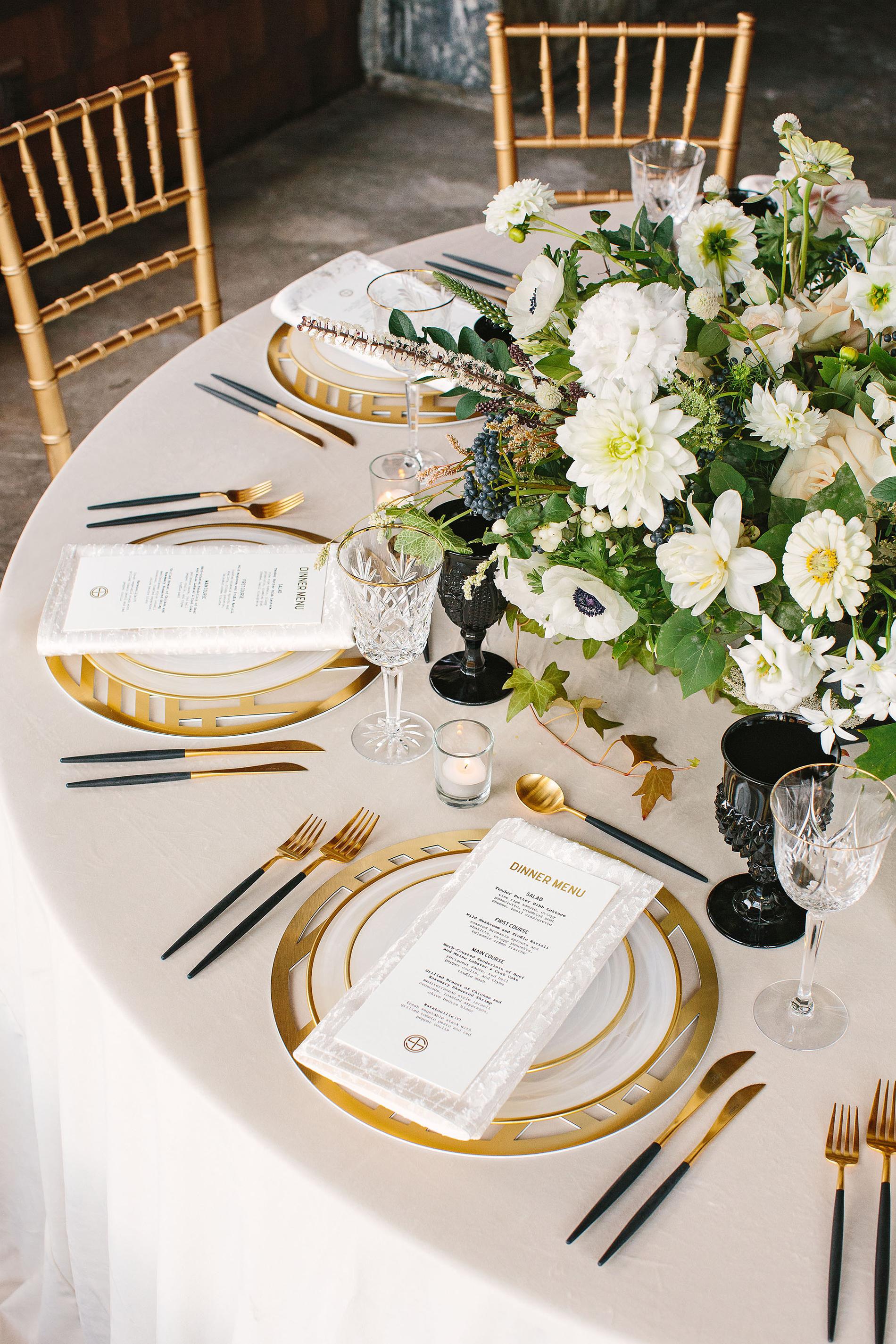 tory sean wedding lake placid new york table setting